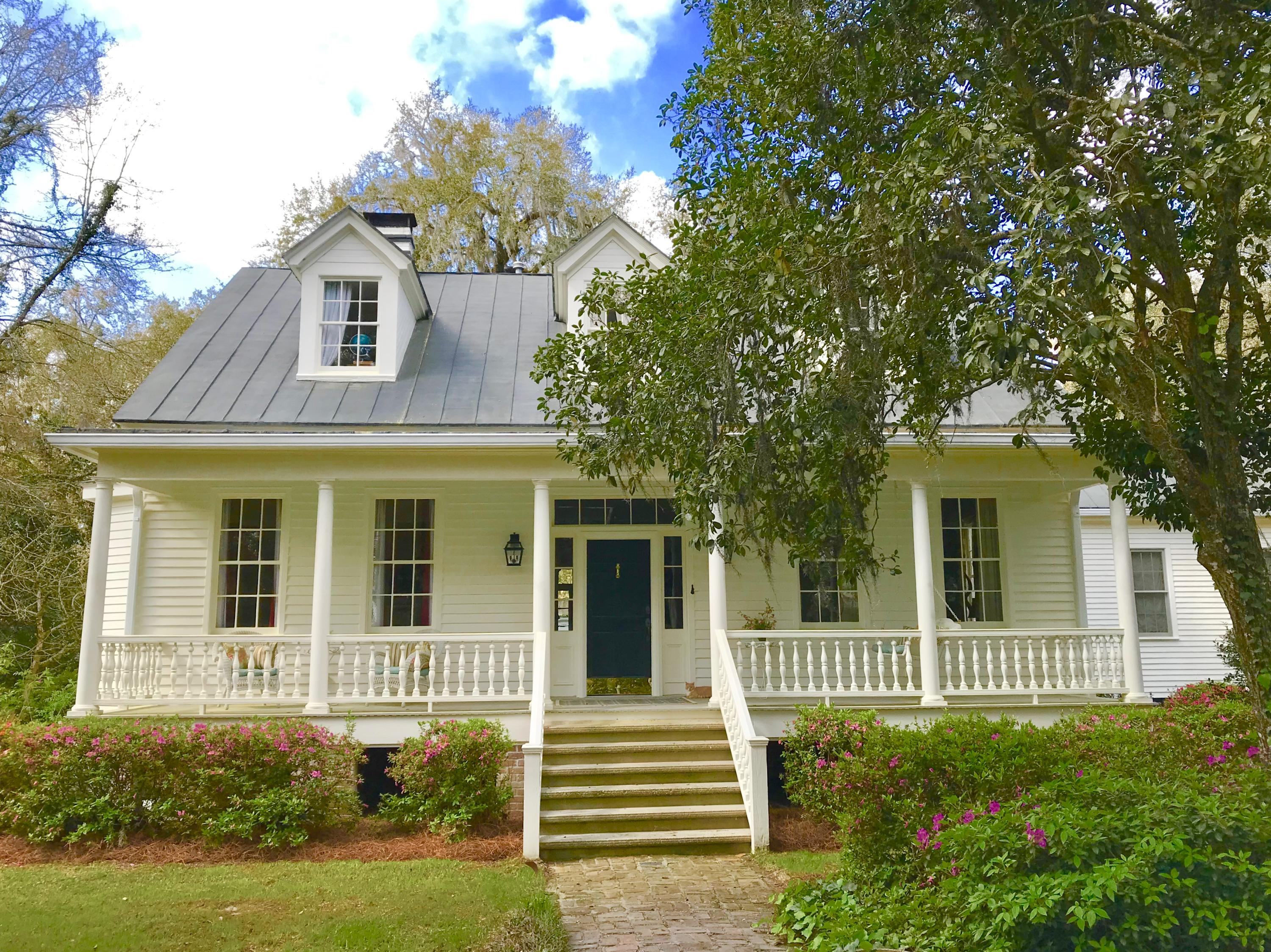 Historic District Homes For Sale - 115 Briarwood, Summerville, SC - 21