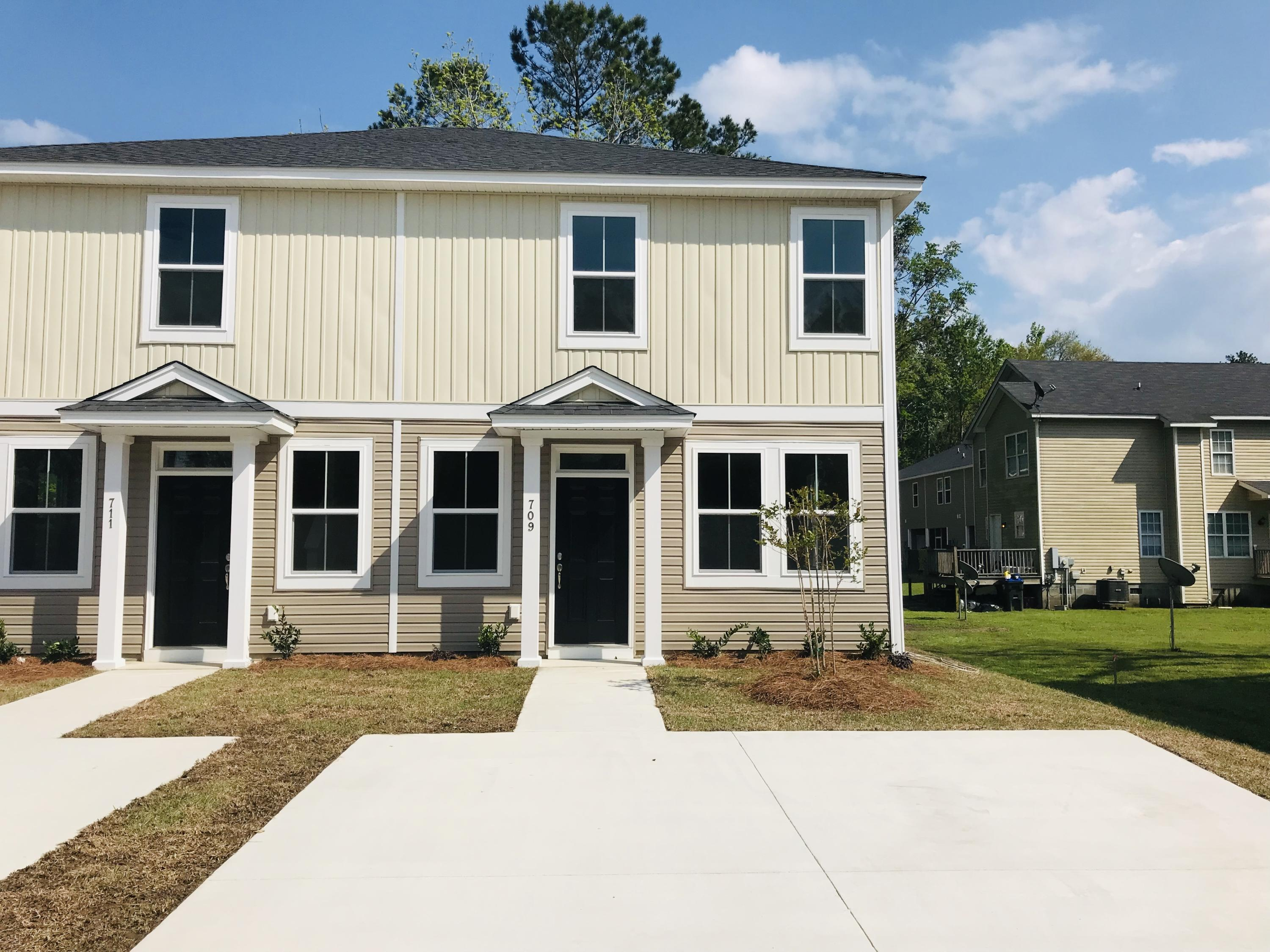 709 Alston Street Summerville, SC 29483