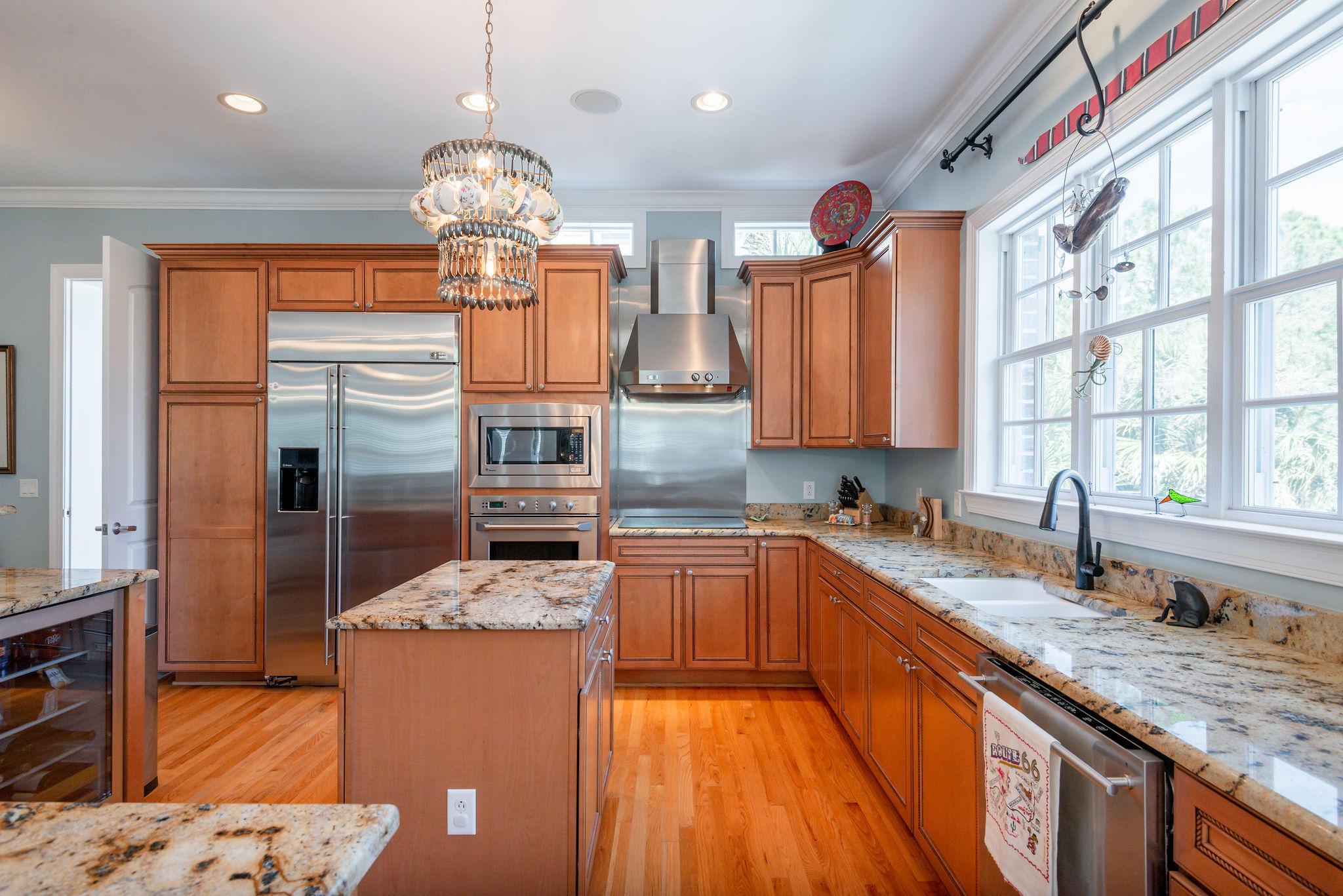 Ellis Oaks Homes For Sale - 828 Mary River, Charleston, SC - 28