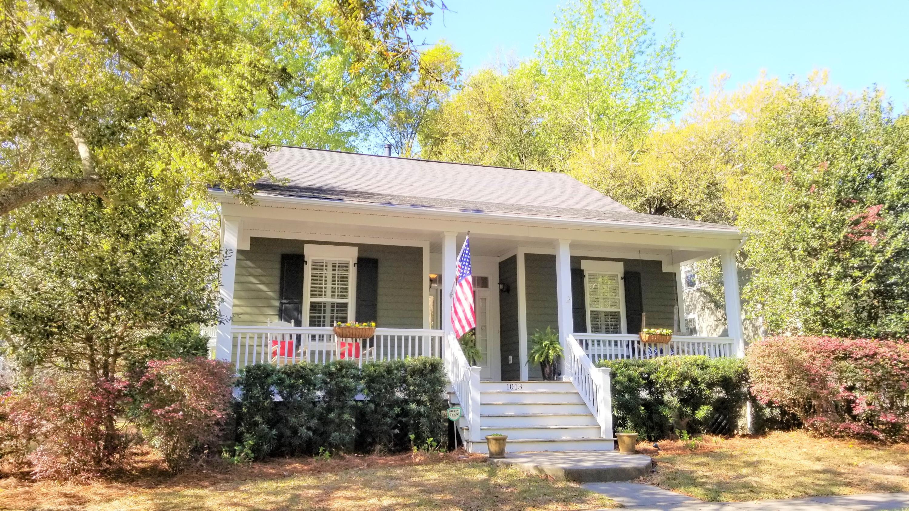 1013 Barfield Street Charleston, SC 29492