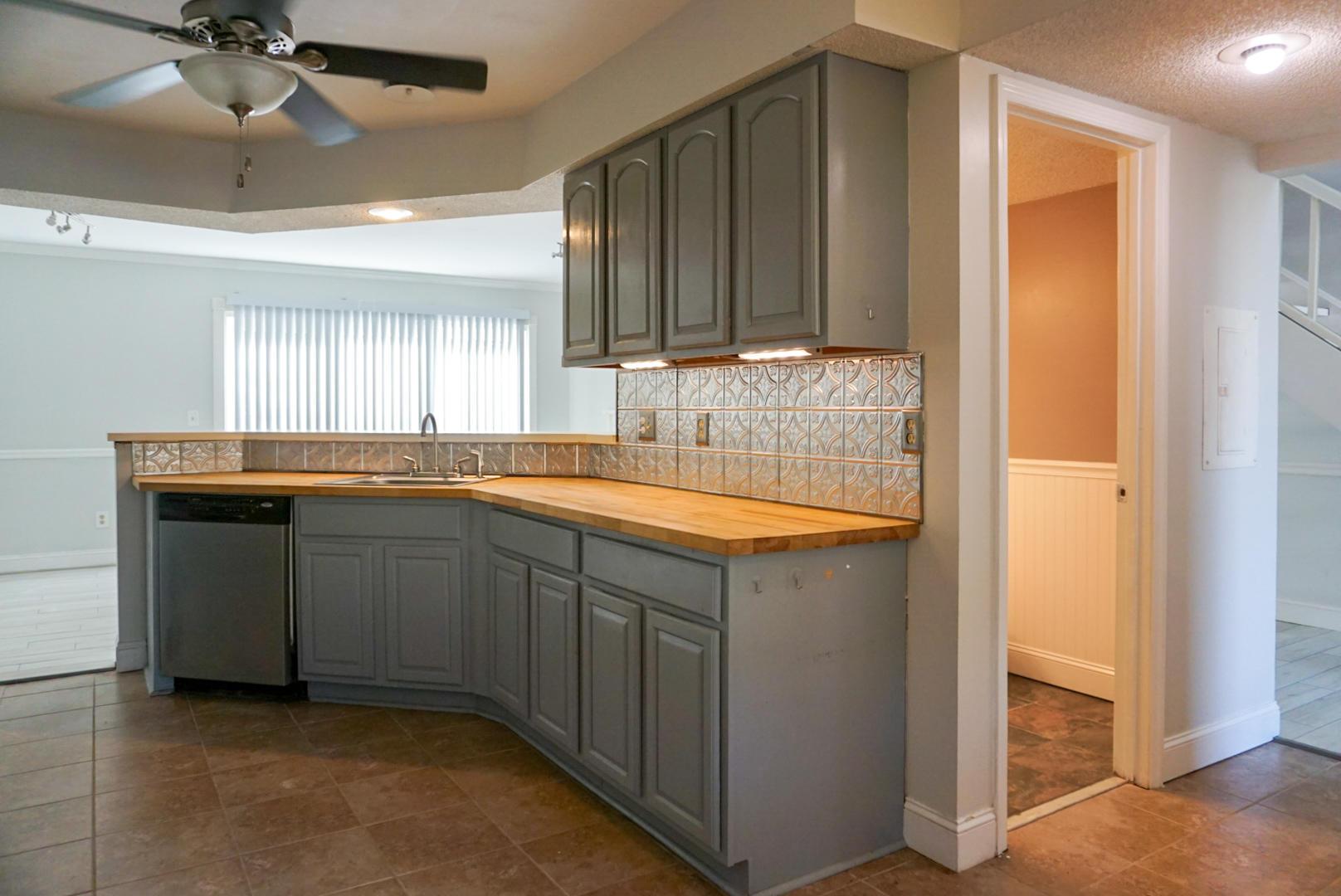 Beaumont Homes For Sale - 2097 Emerald, Mount Pleasant, SC - 23