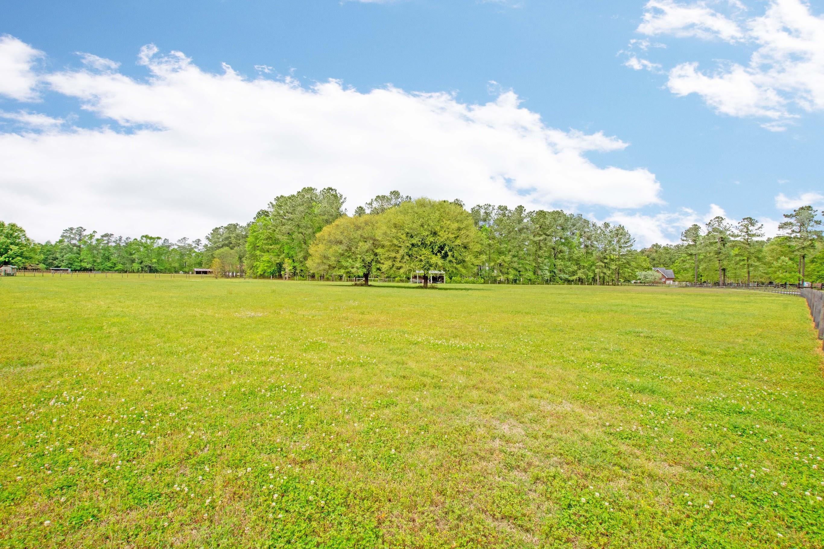 Walton Grove Road Summerville, SC 29483