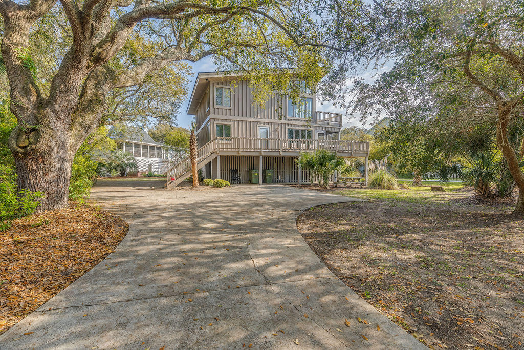 12 57TH Avenue Isle Of Palms, SC 29451