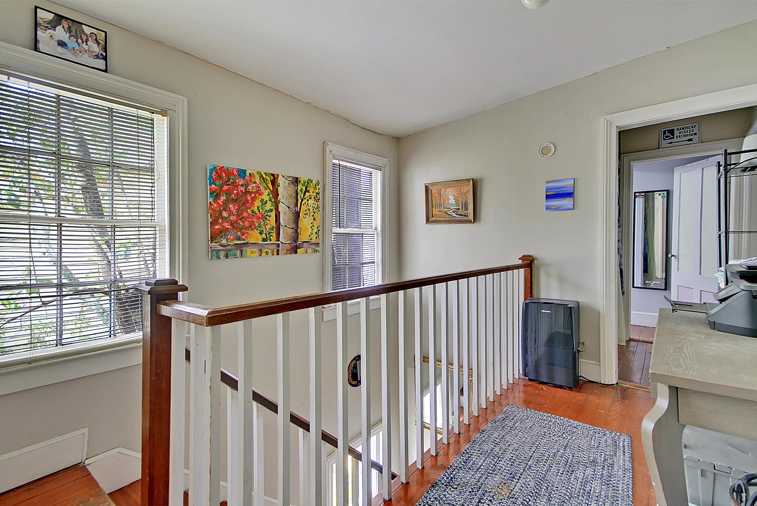 70 Vanderhorst Street Charleston, SC 29403