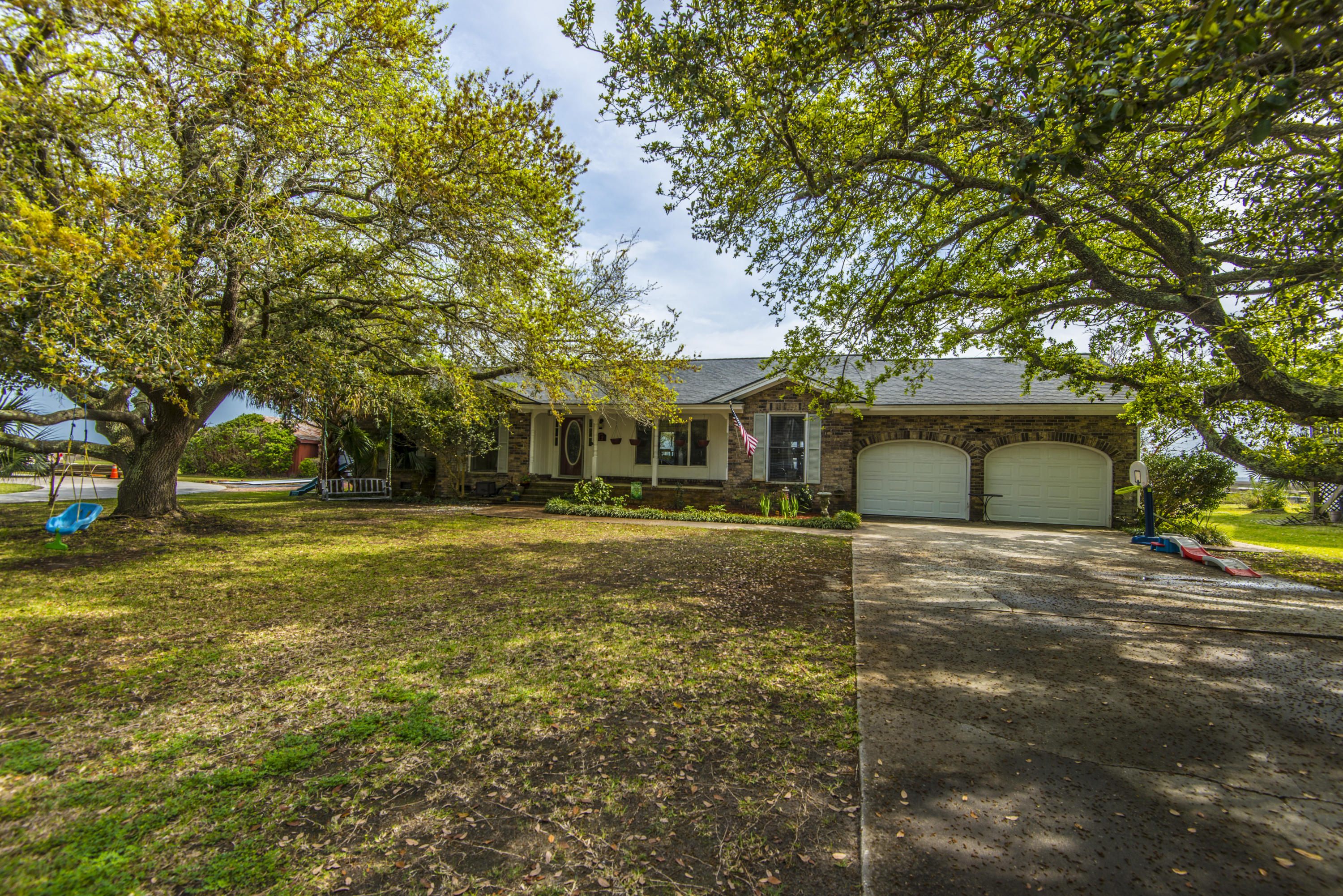 589 Seaward Drive Charleston, SC 29412