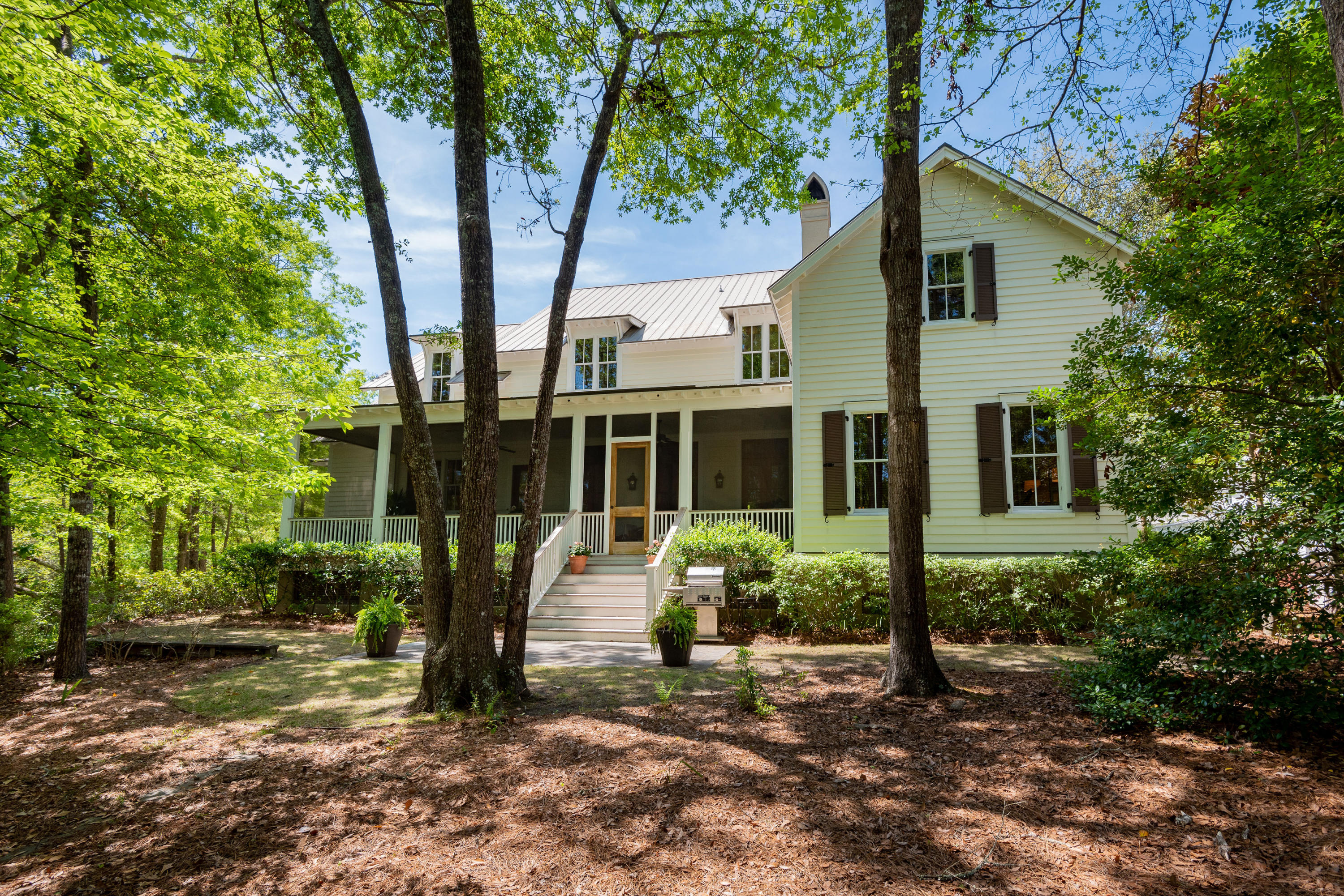 31 Robert Mills Circle Mount Pleasant, SC 29464