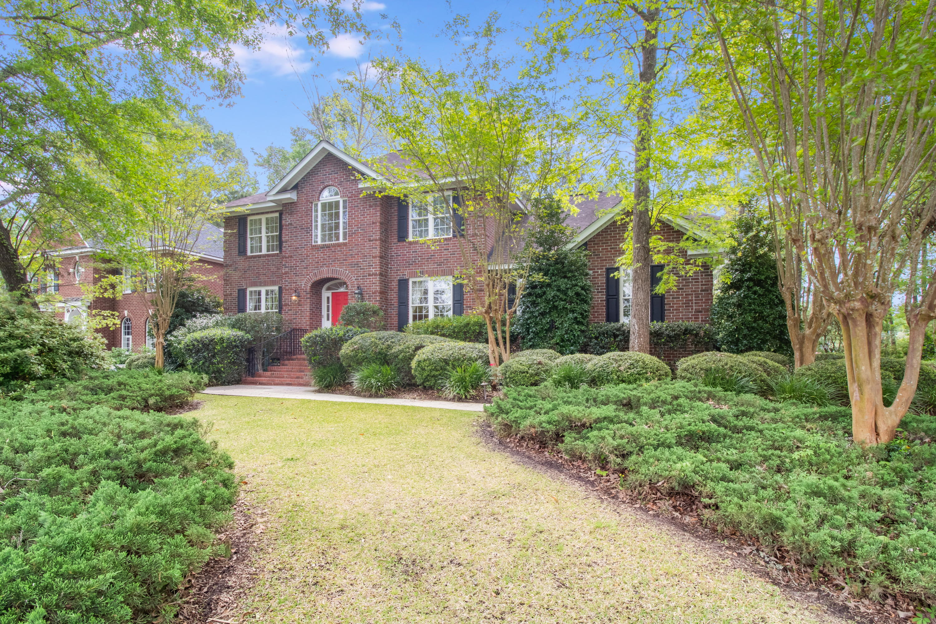 8680 W Fairway Woods Drive North Charleston, SC 29420