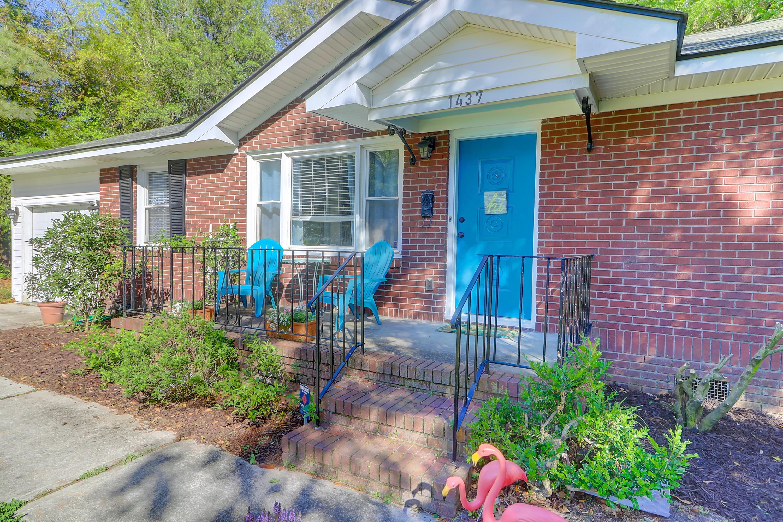 Heathwood Homes For Sale - 1437 Fairfield, Charleston, SC - 17