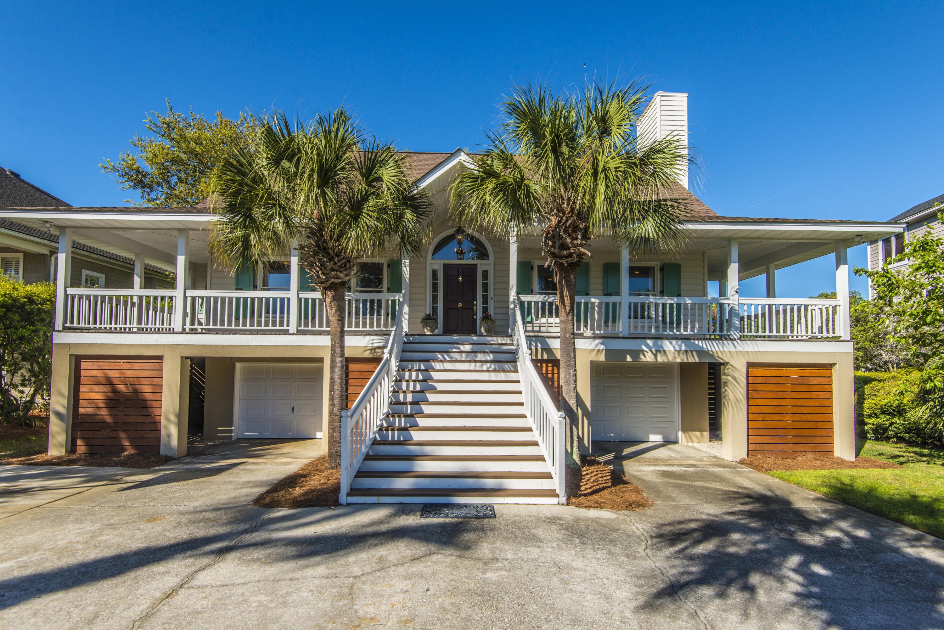 9 Seahorse Court Isle Of Palms, SC 29451
