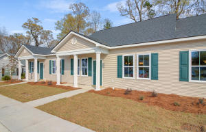2442  Deer Ridge Ln. Lane  North Charleston, SC 29406