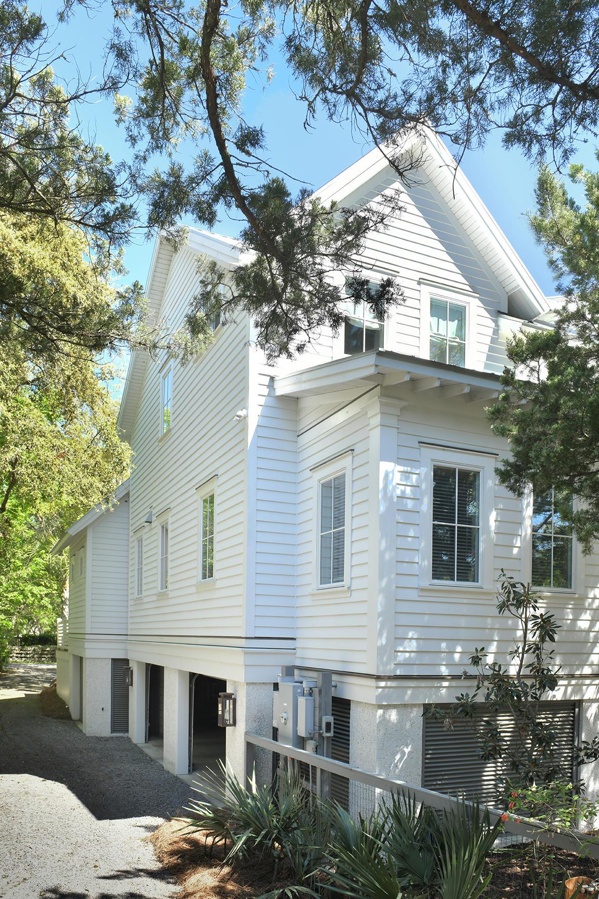 2424 Jasper Boulevard Sullivans Island, SC 29482