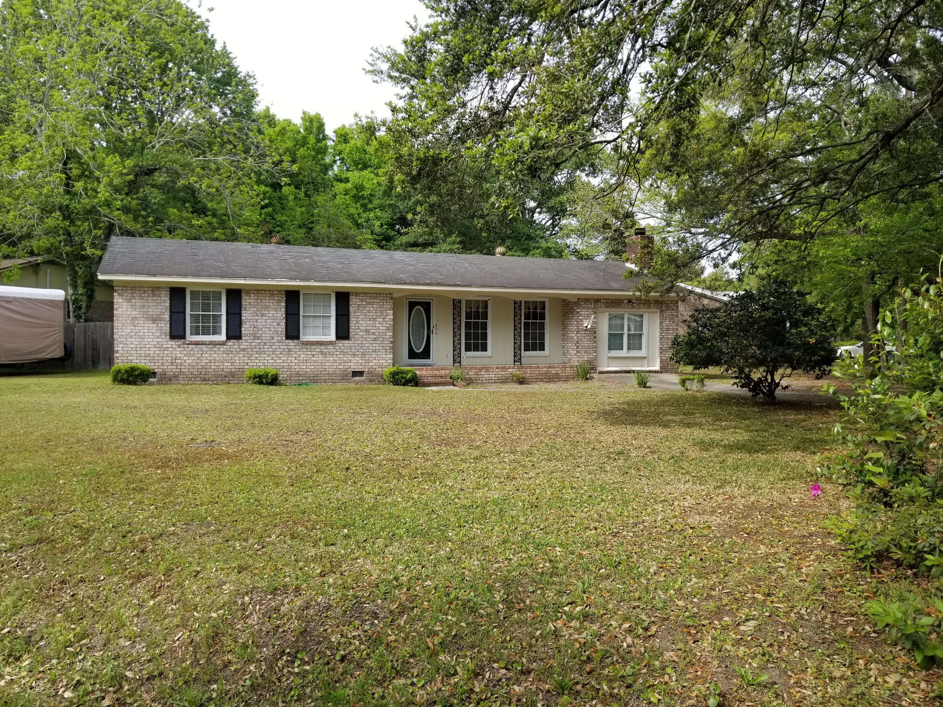 804 Mccants Drive Mount Pleasant, SC 29464