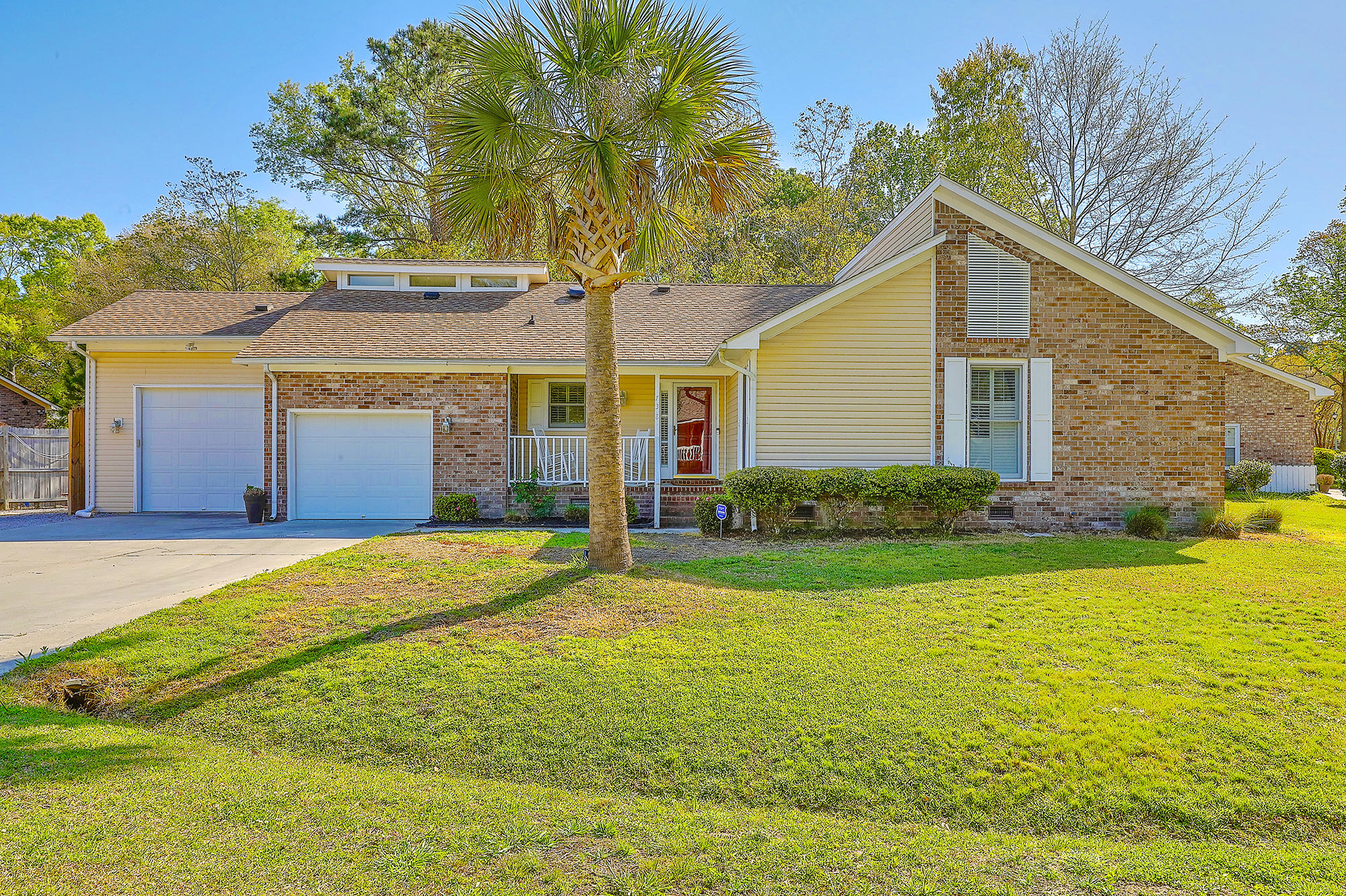 738 Longbranch Drive Charleston, SC 29414