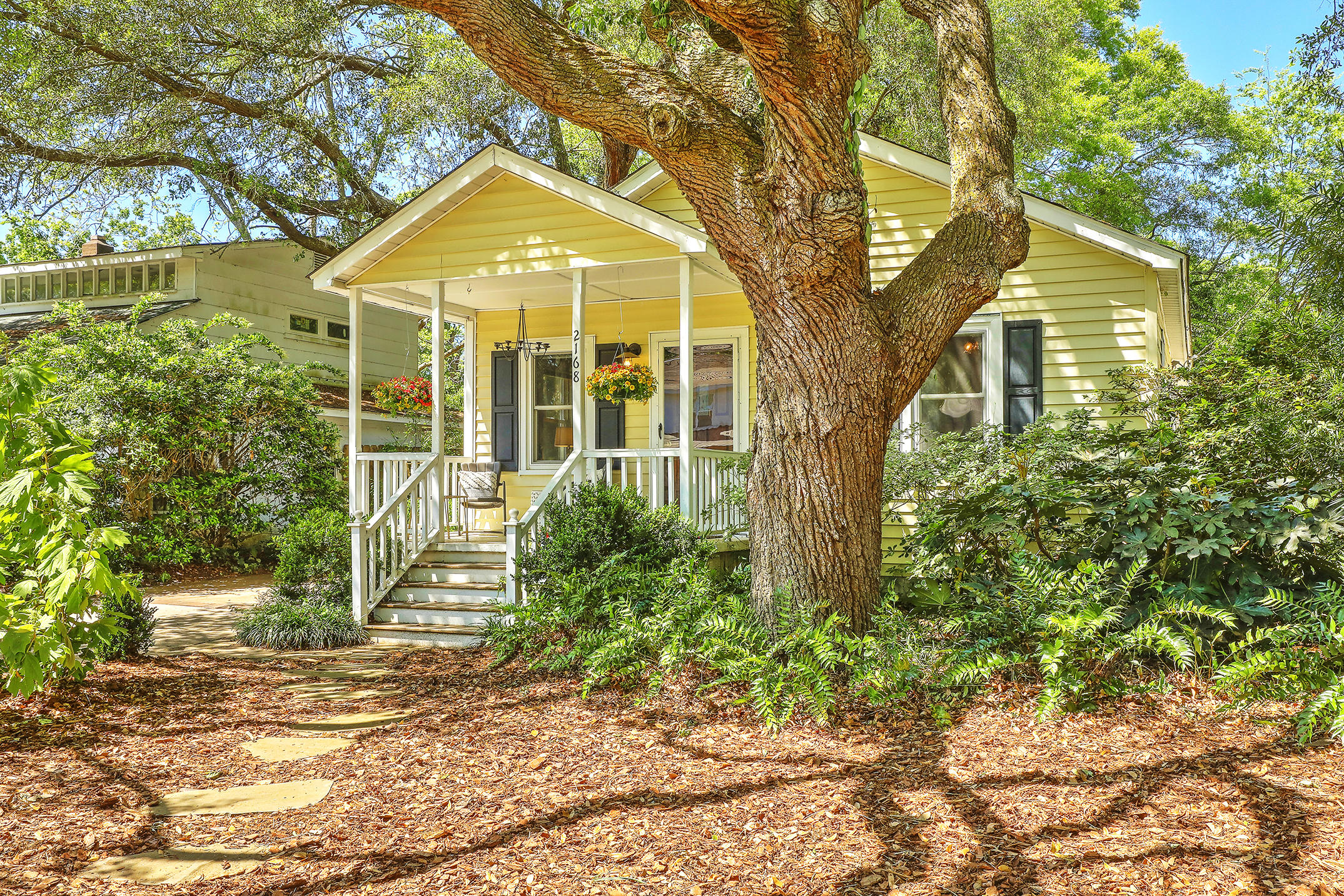 2168 Welch Avenue Charleston, SC 29412