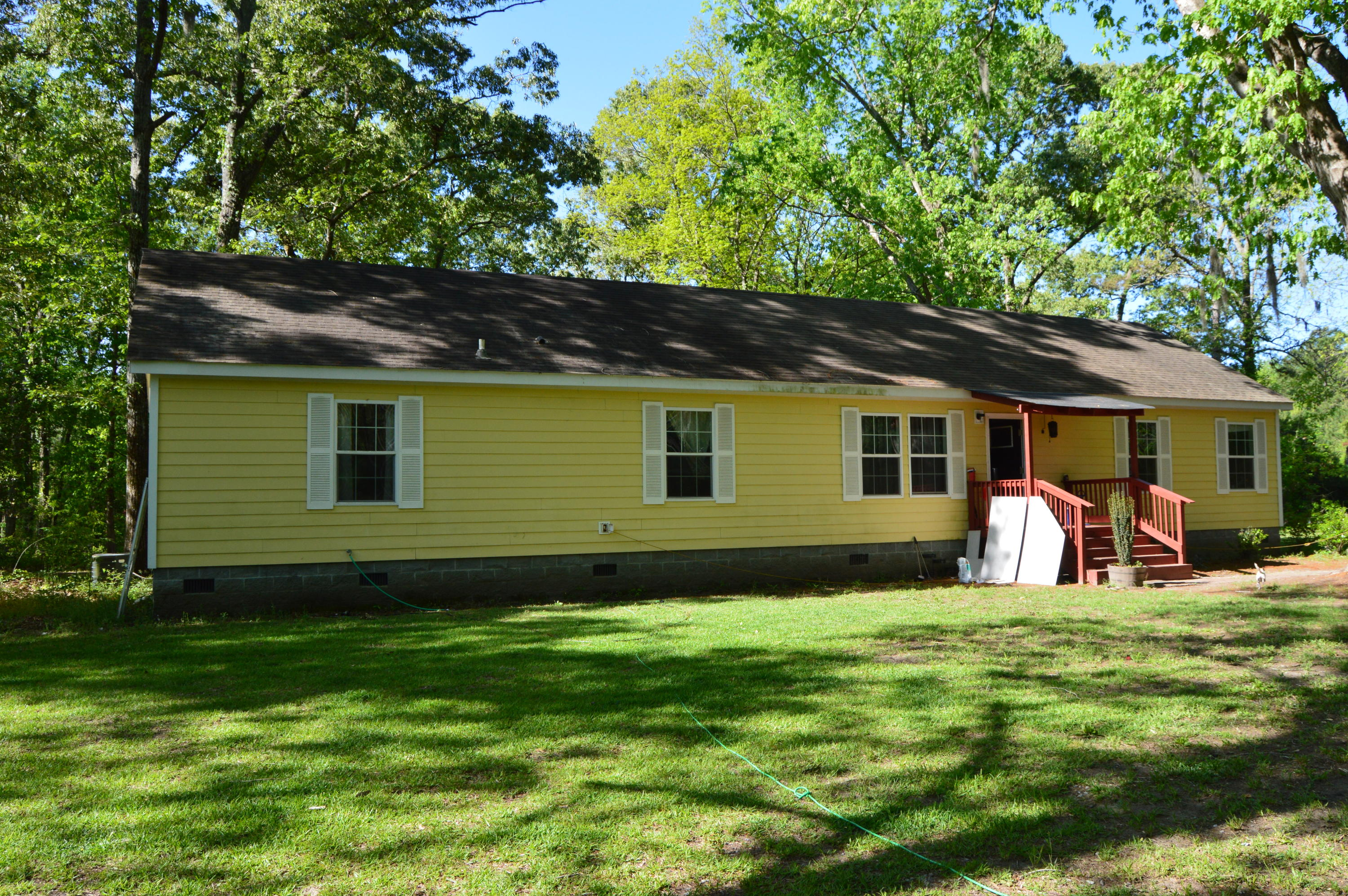 243 Springhill Road Green Pond, SC 29446