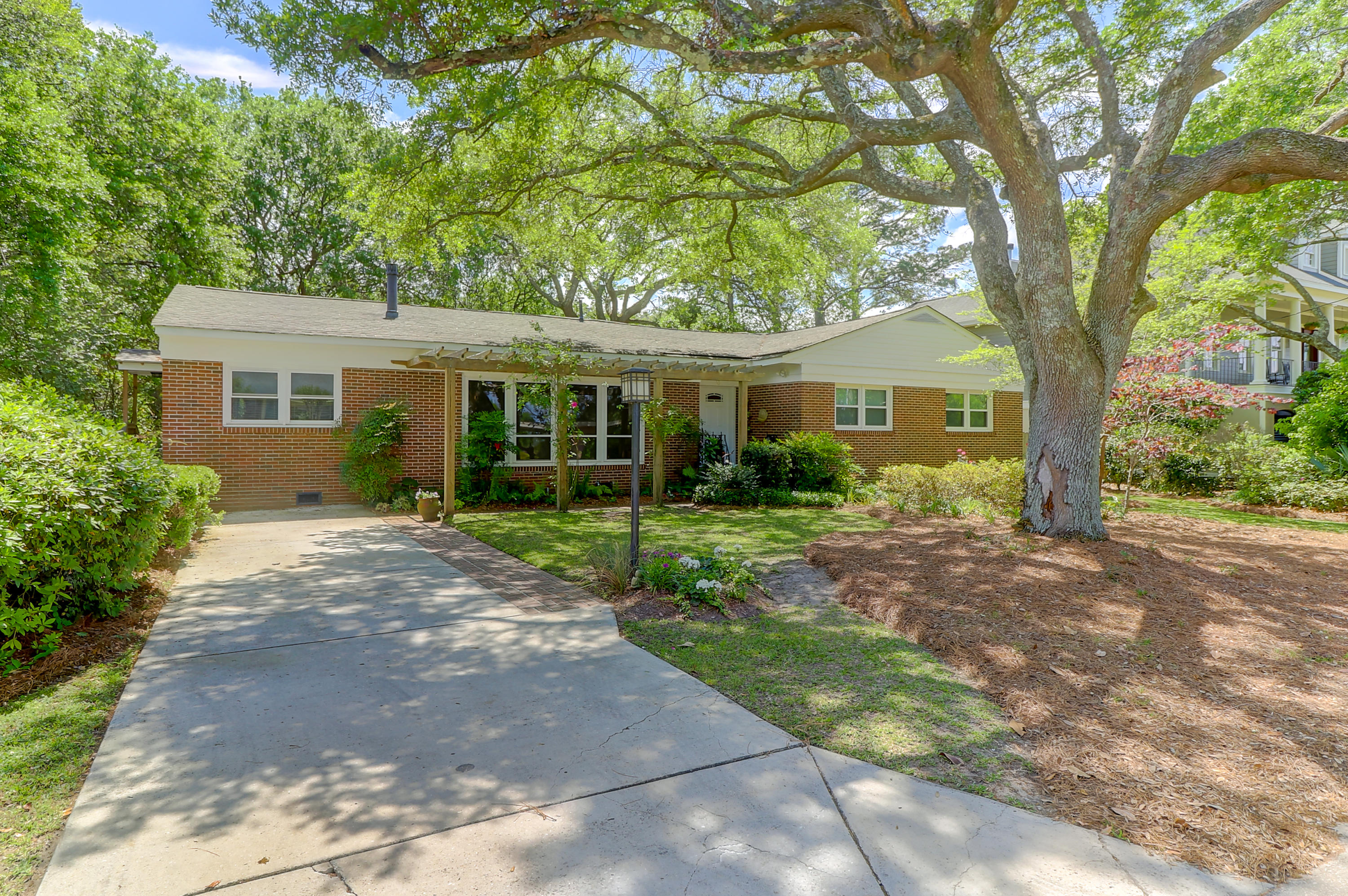 3 Rebellion Road Charleston, SC 29407