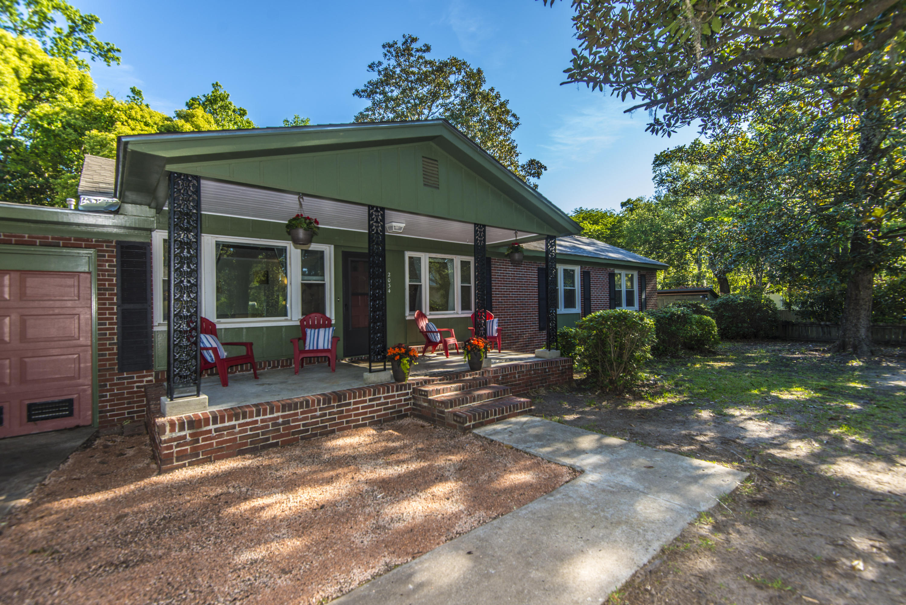 2034 Woodland Shores Road Charleston, SC 29412