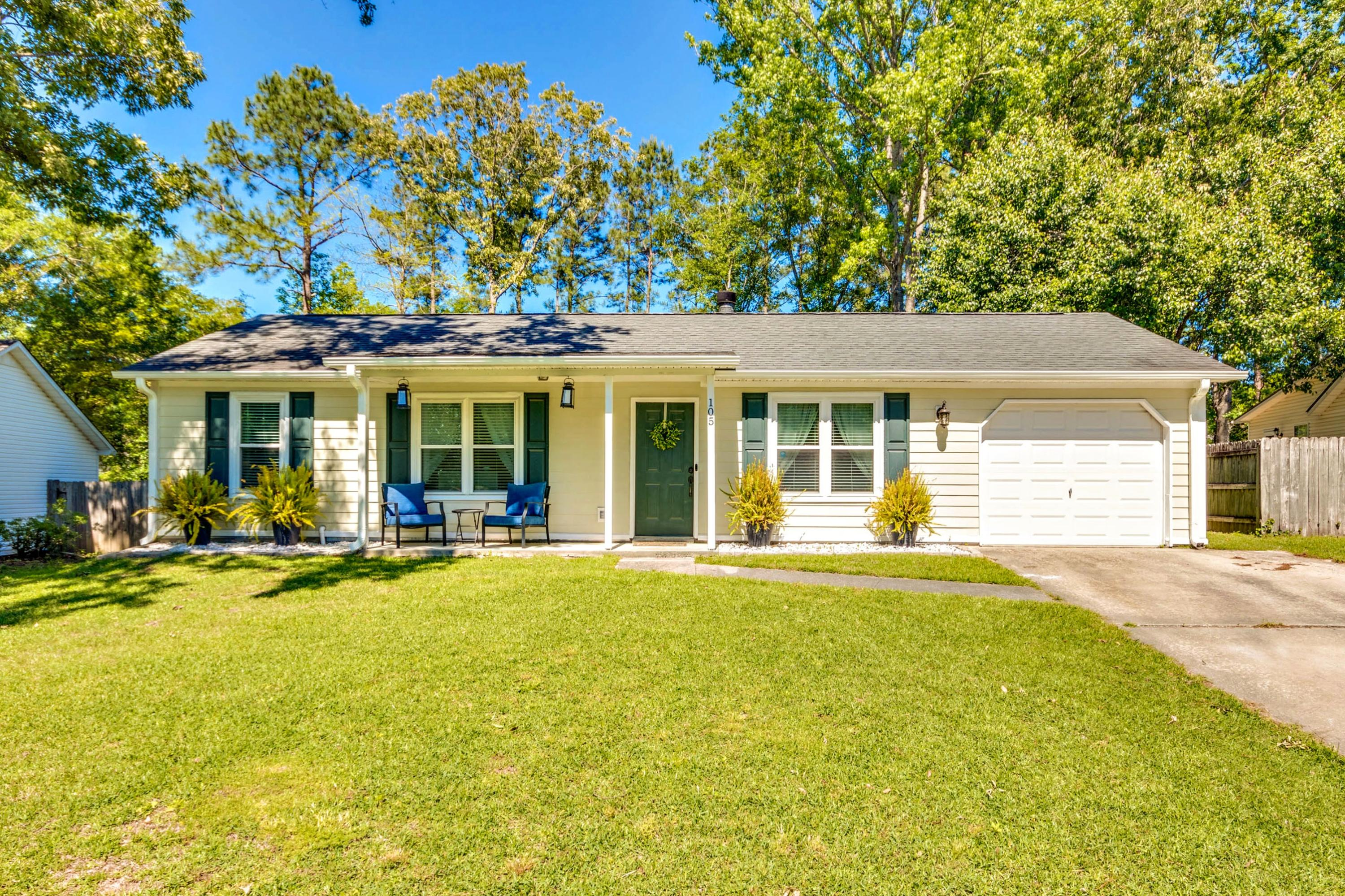 105 Sawtooth Lane Summerville, SC 29485
