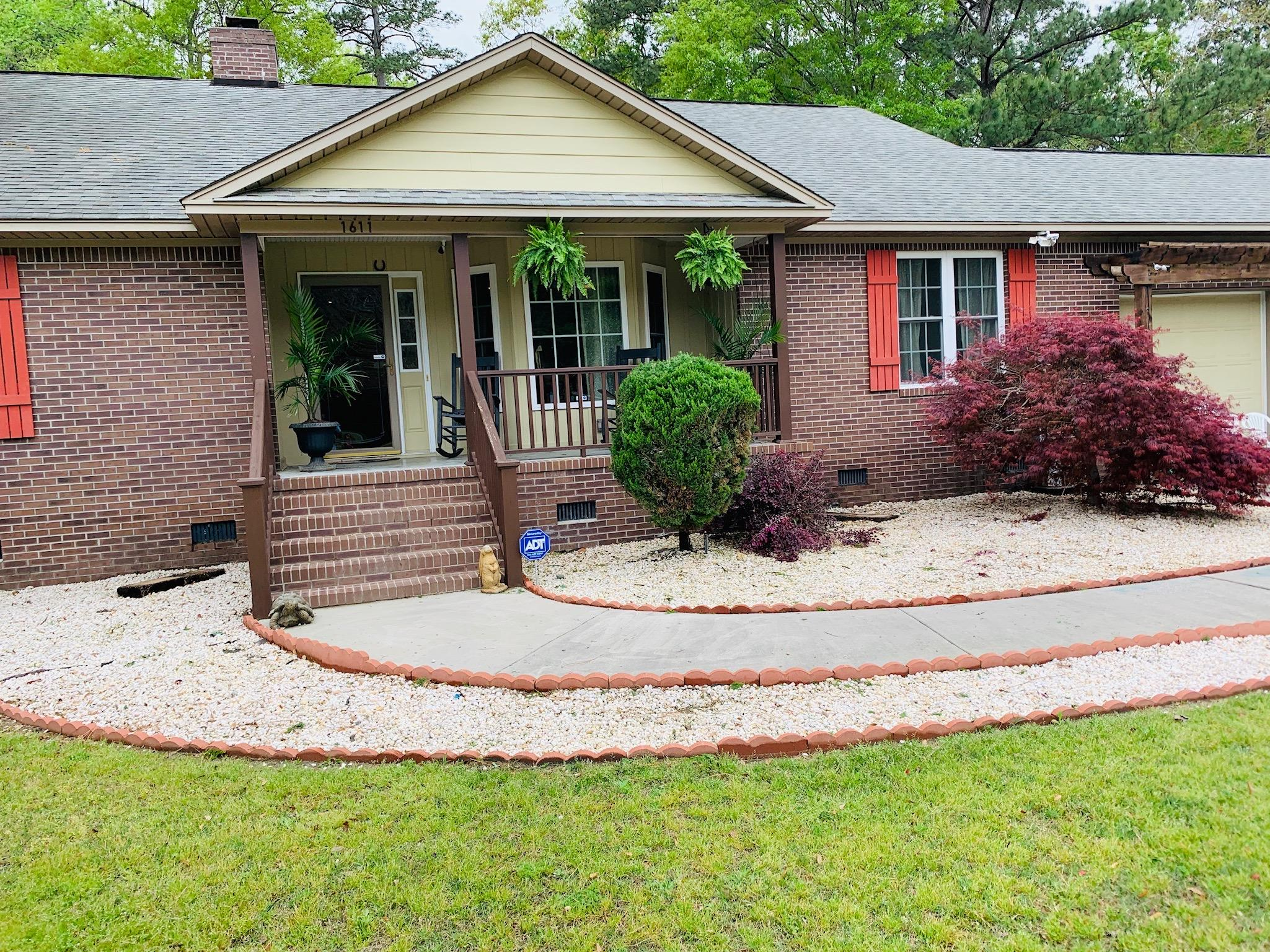 1611 Bennett Circle Holly Hill, SC 29059