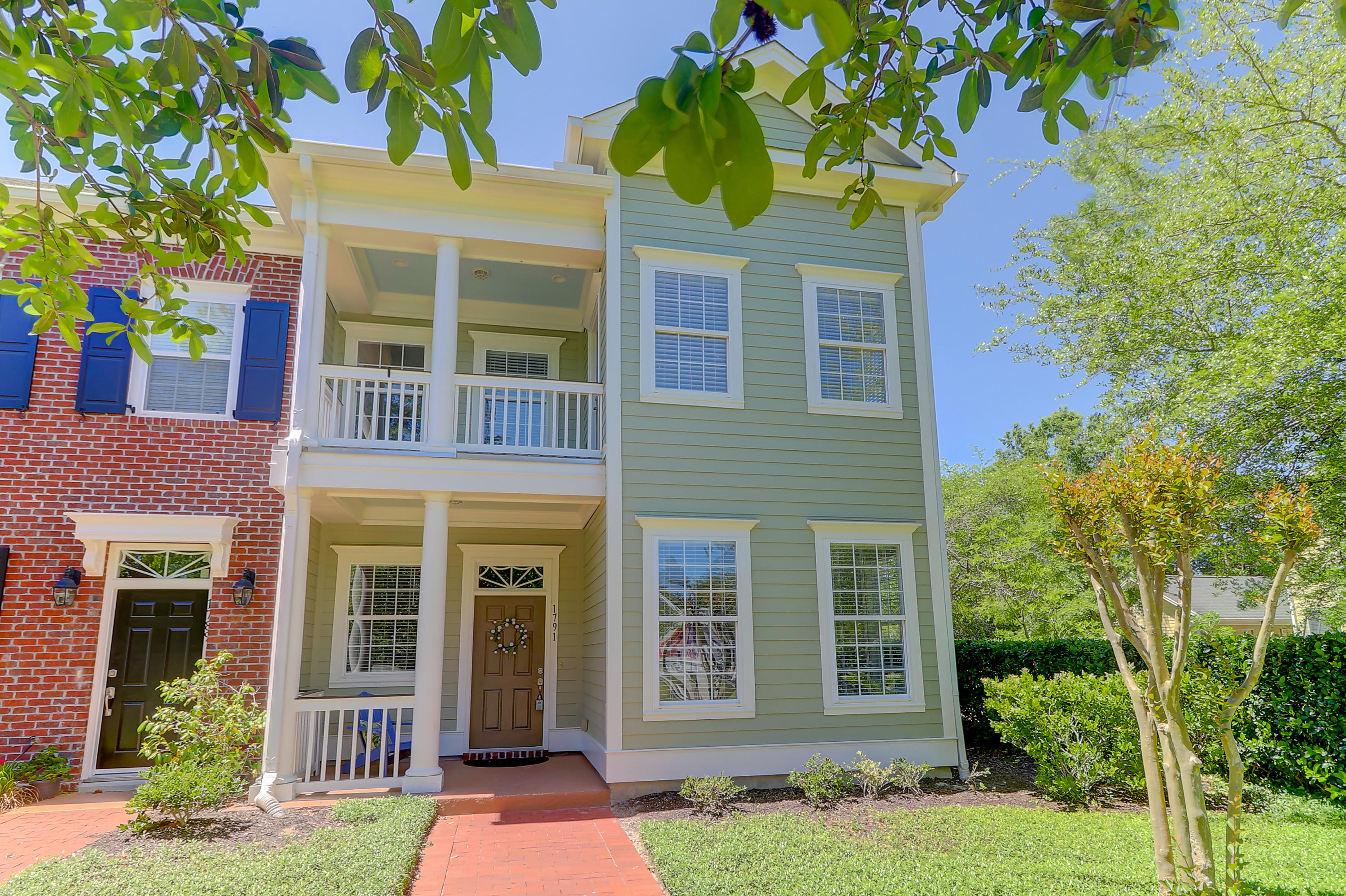 1791 Tennyson Mount Pleasant, SC 29466