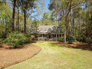 Property for sale at 103 Drayton Drive, Summerville,  South Carolina 29483