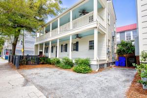 64 Ashe Street, Charleston, SC 29403