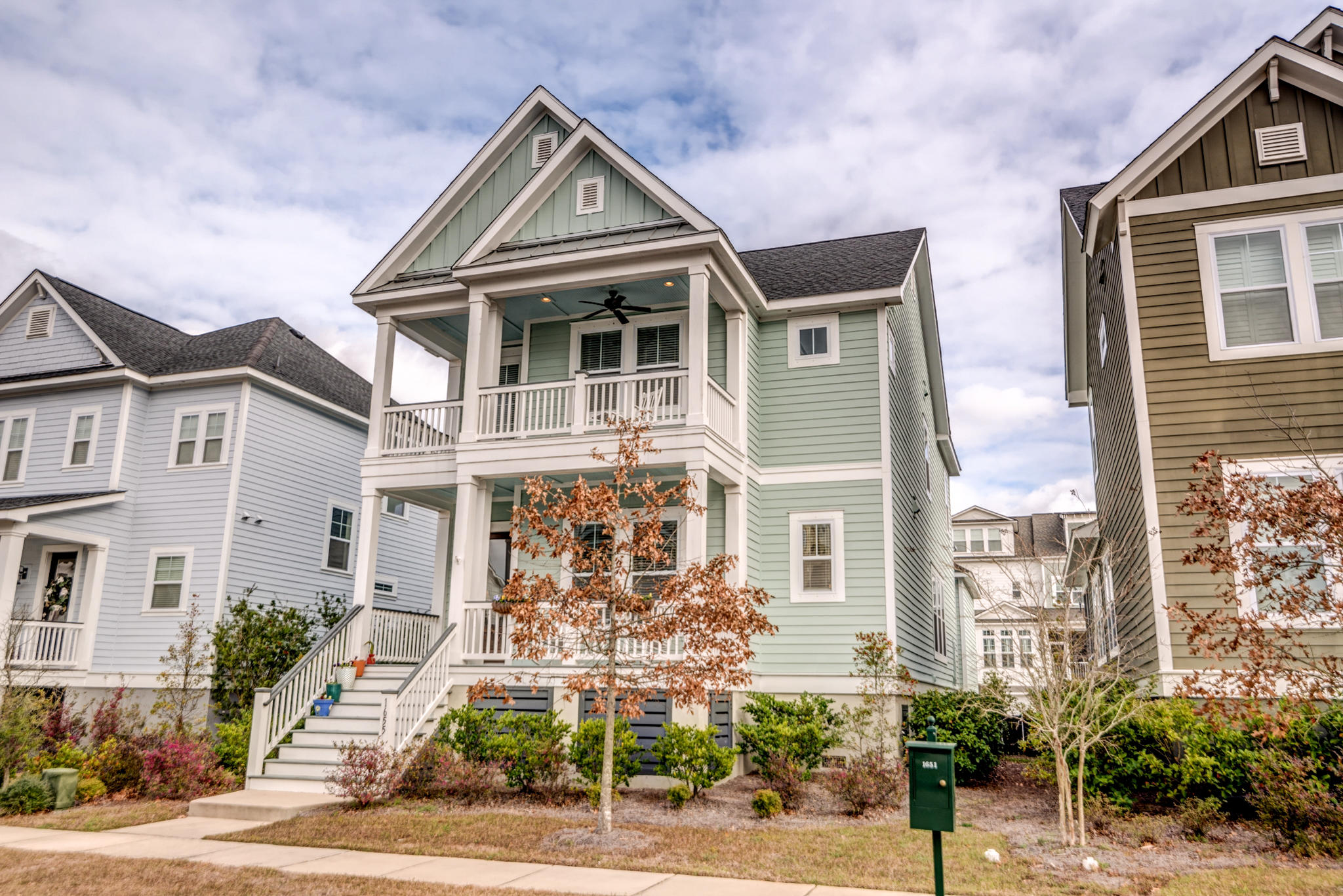 1655 Pierce Street Charleston, SC 29492