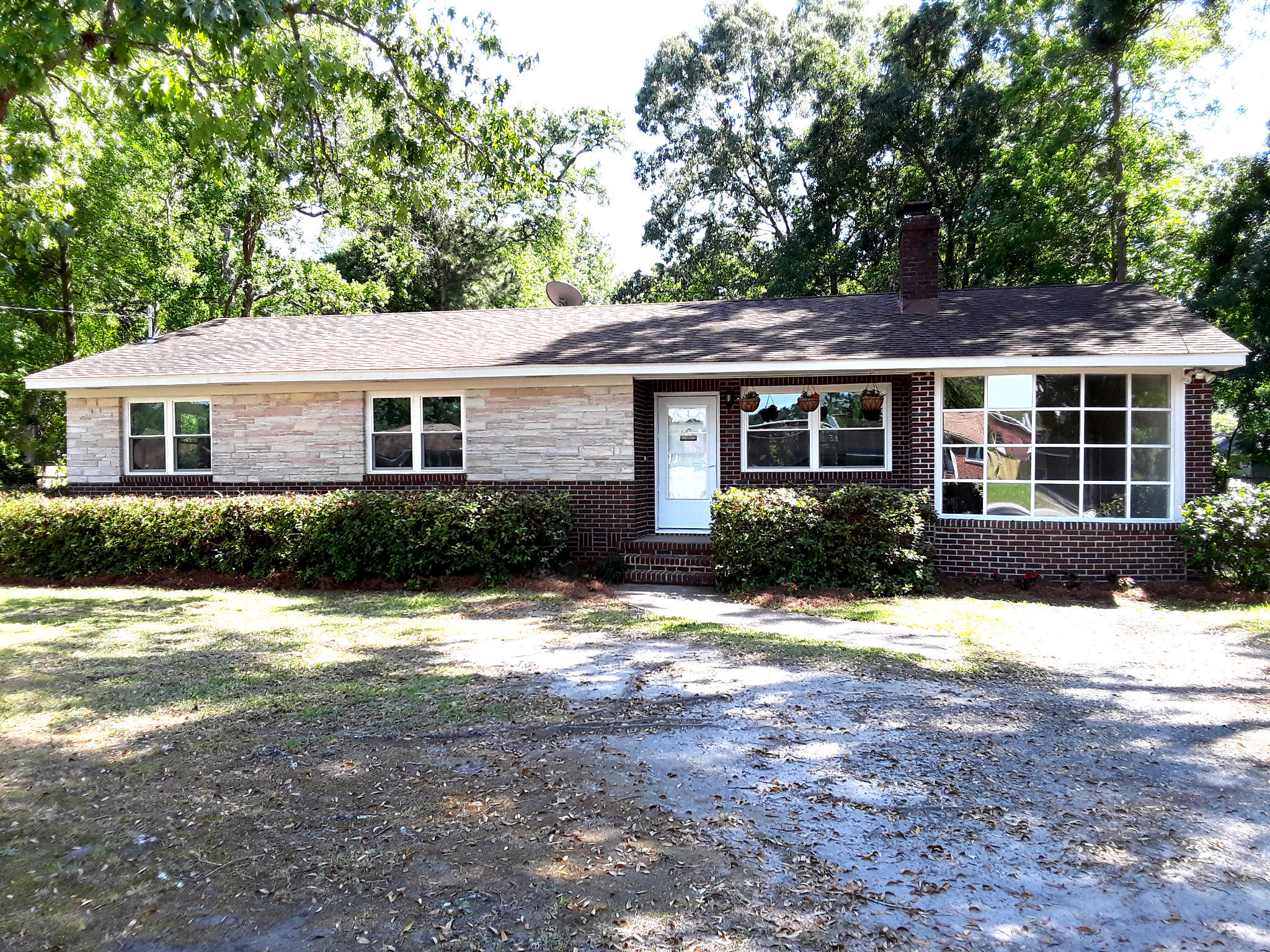 2935 Bolton Road Charleston, SC 29414