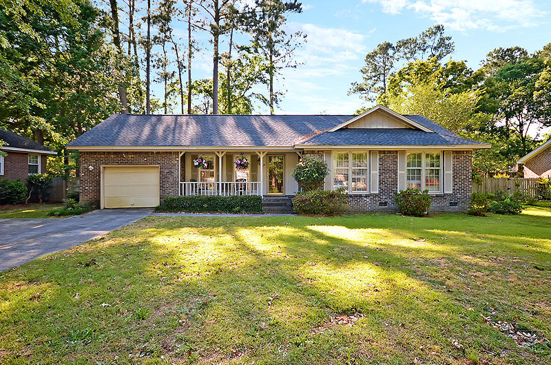206 Chessington Cir Summerville, SC 29485