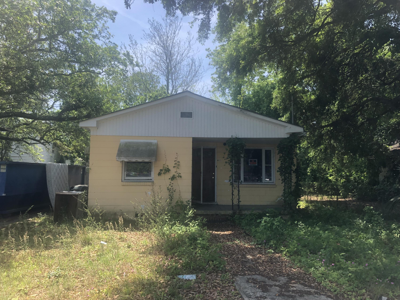 1143 Gunn Avenue Charleston, SC 29407