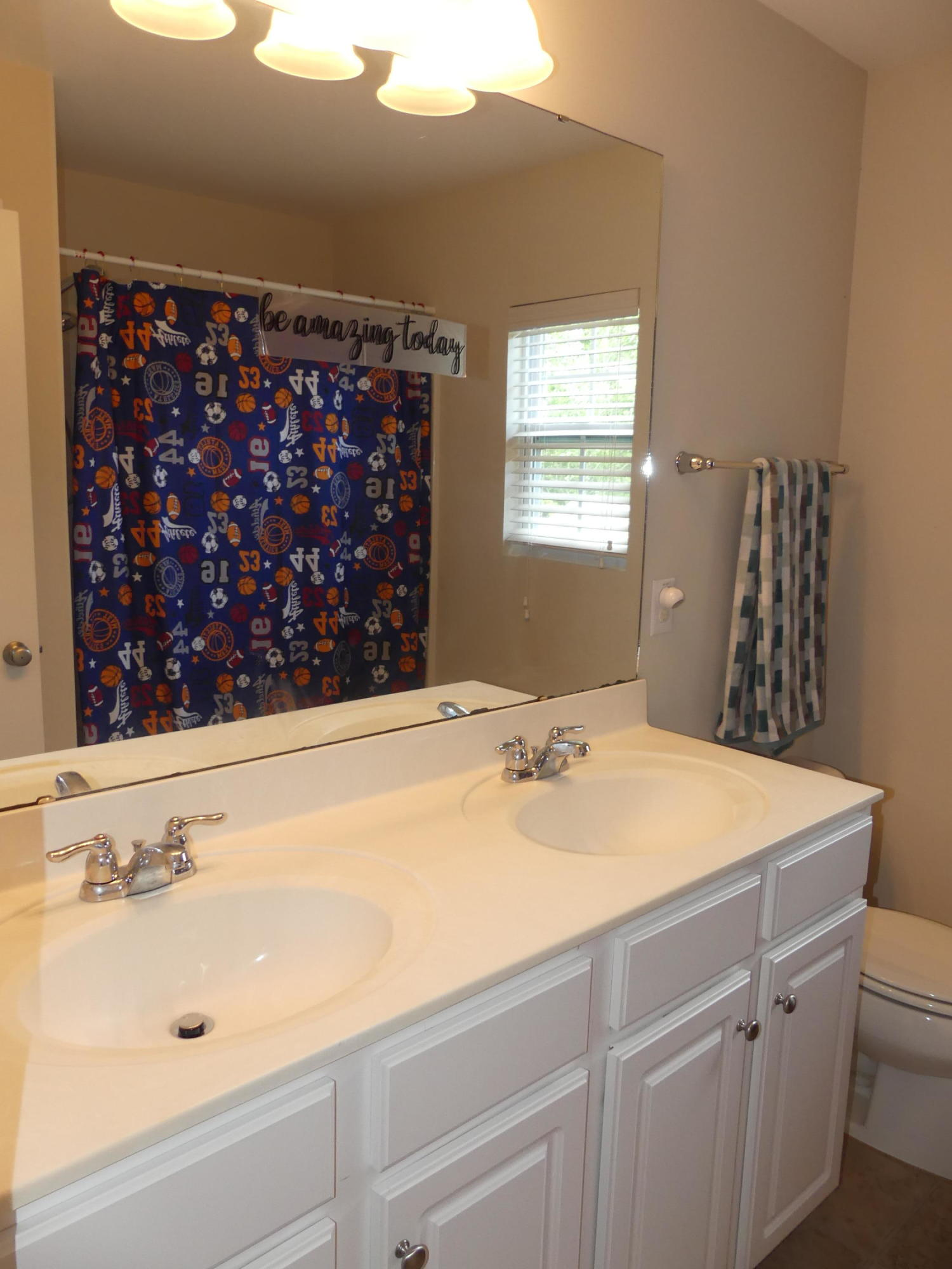 5449 Kings River Drive North Charleston, SC 29420