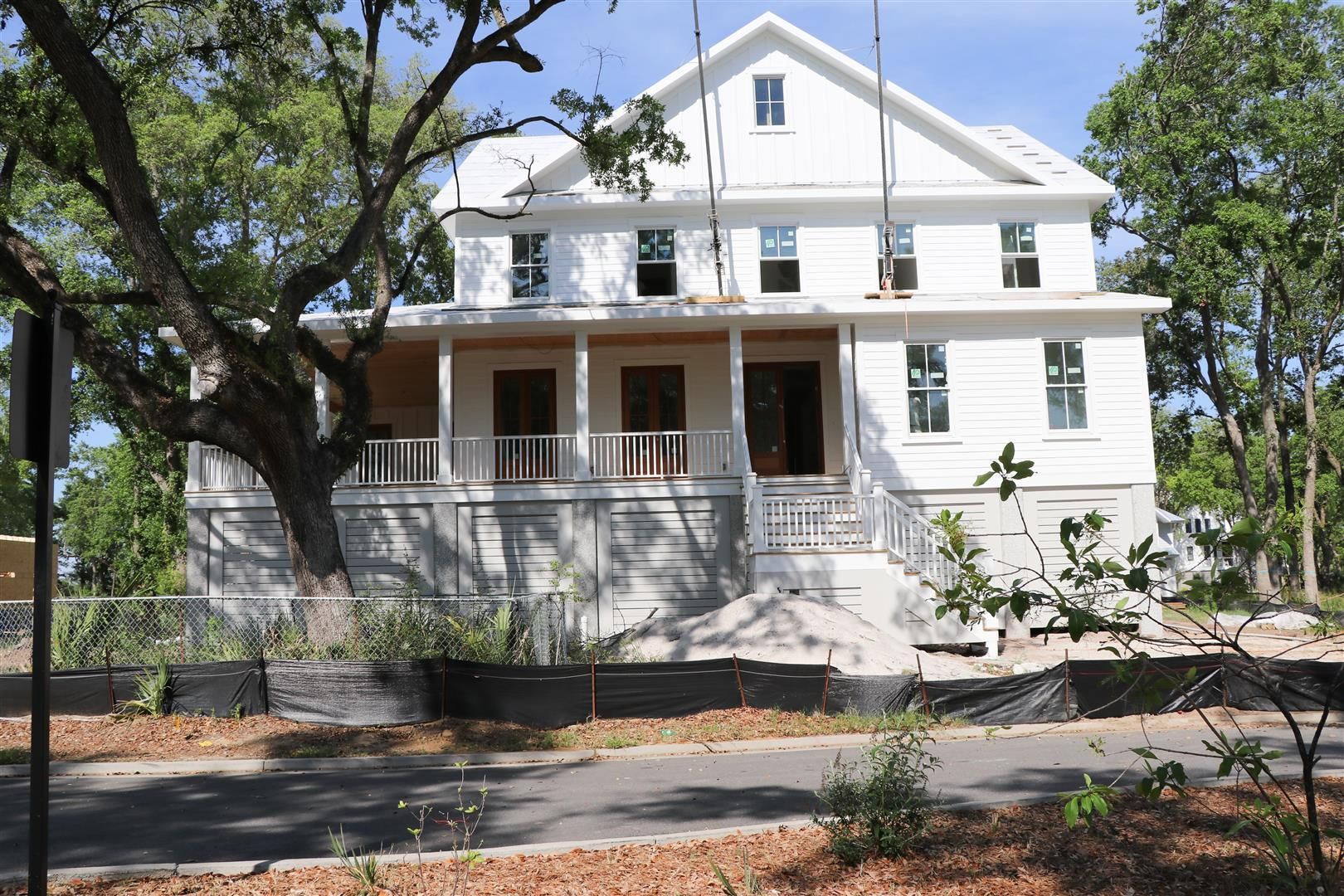 334 Chimney Back Street Daniel Island, SC 29492