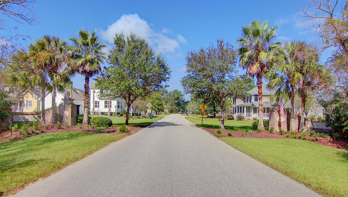Hunt Club Homes For Sale - 2025 Syreford, Charleston, SC - 4