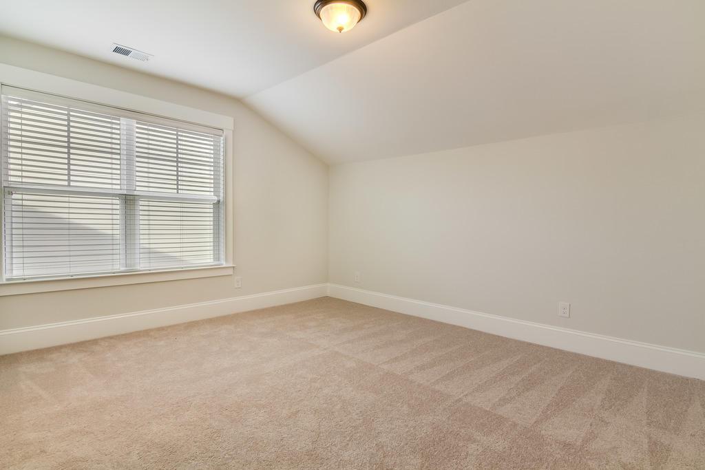 Hunt Club Homes For Sale - 2025 Syreford, Charleston, SC - 8
