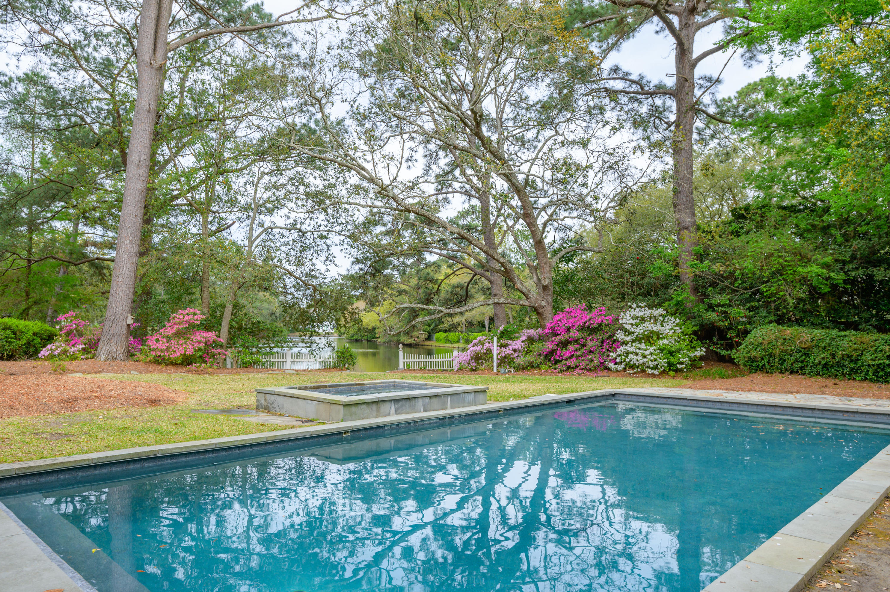 16 Guerard Road Charleston, SC 29407