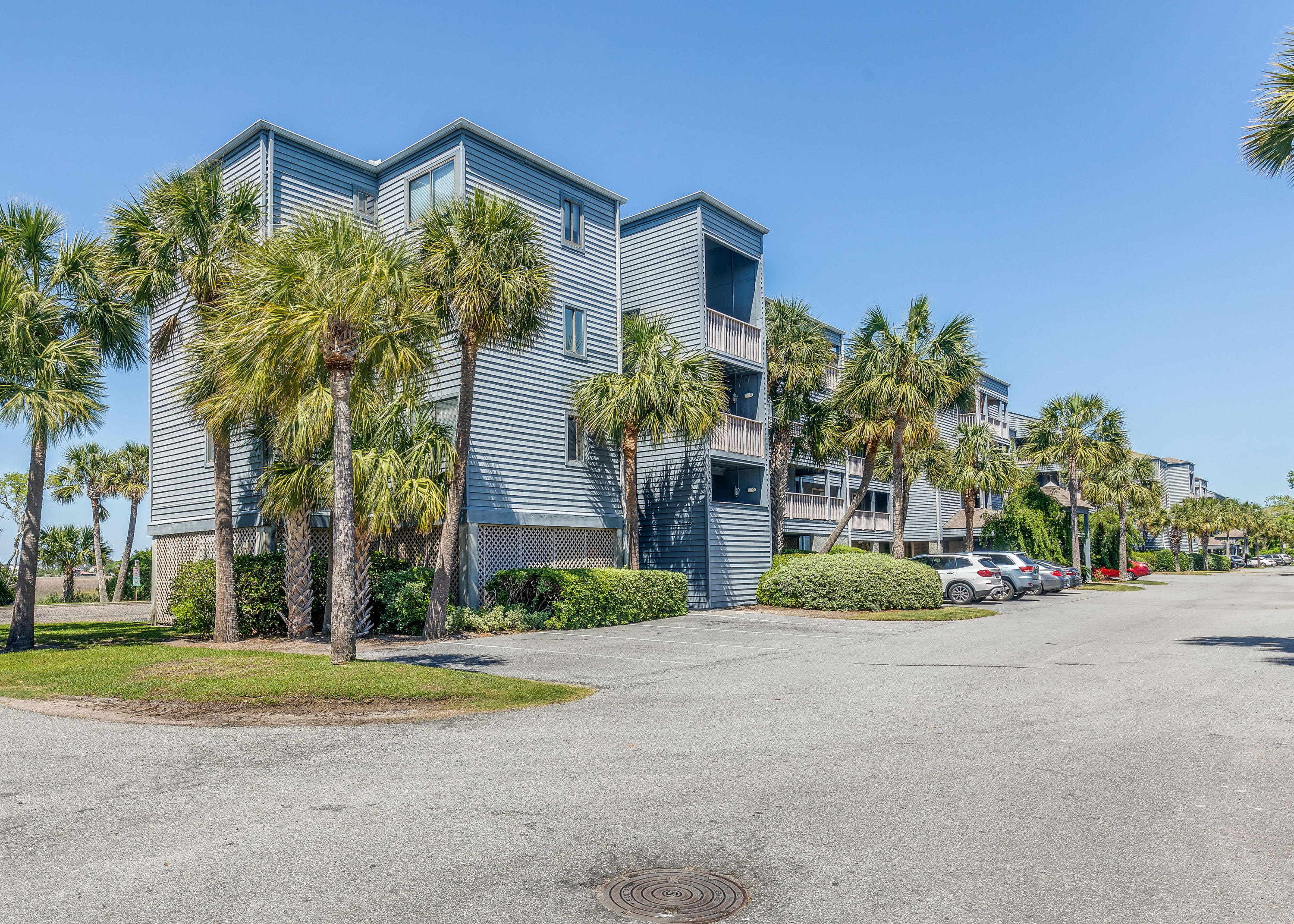 Mariners Cay Homes For Sale - 129 Marsh View Villas, Folly Beach, SC - 37