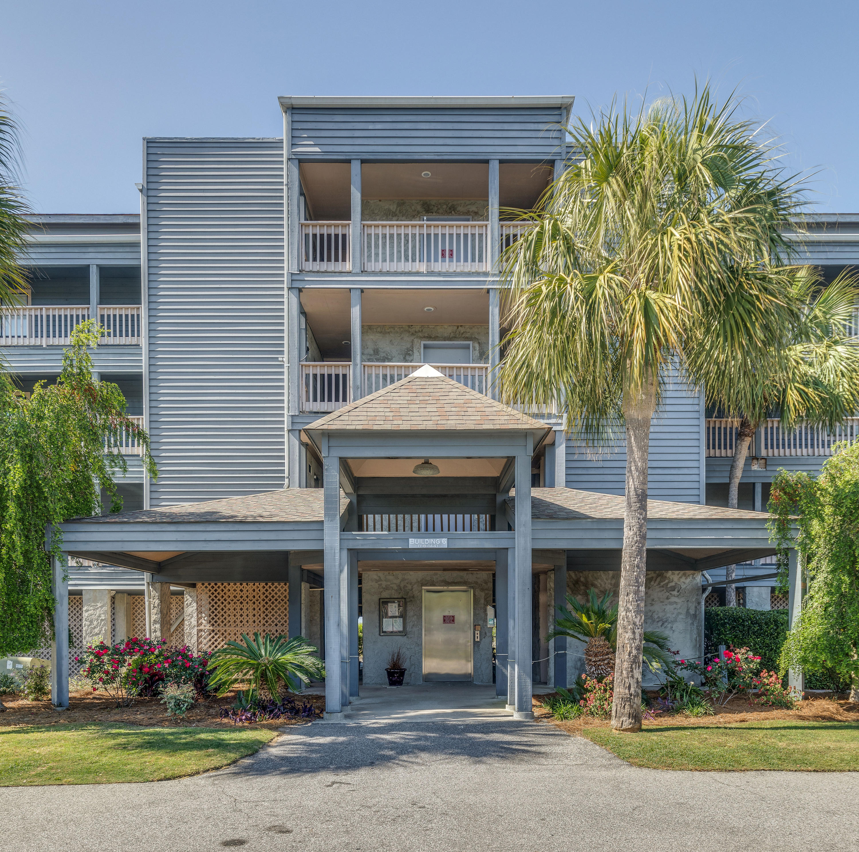 Mariners Cay Homes For Sale - 129 Marsh View Villas, Folly Beach, SC - 31