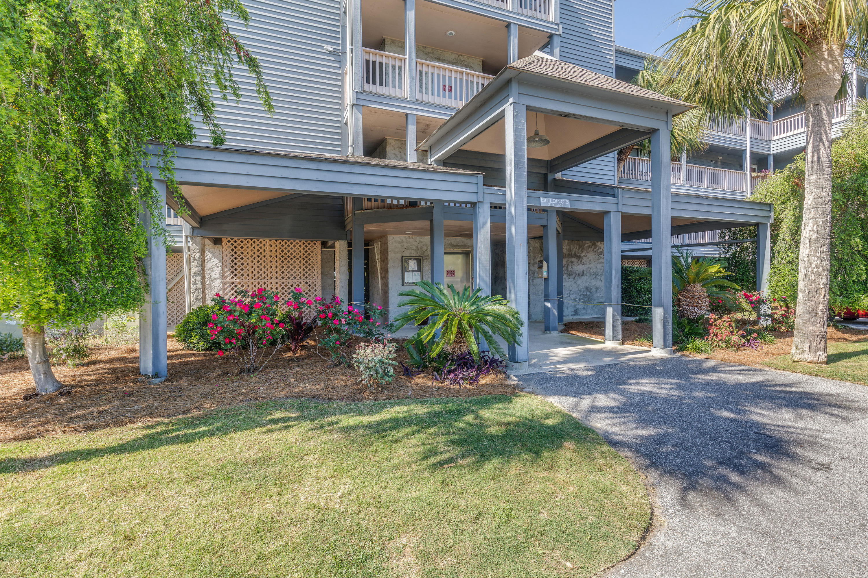 Mariners Cay Homes For Sale - 129 Marsh View Villas, Folly Beach, SC - 28