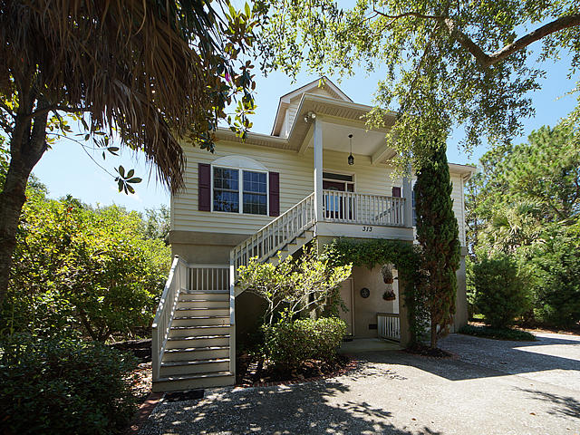 313 W Hudson Avenue Folly Beach, SC 29439