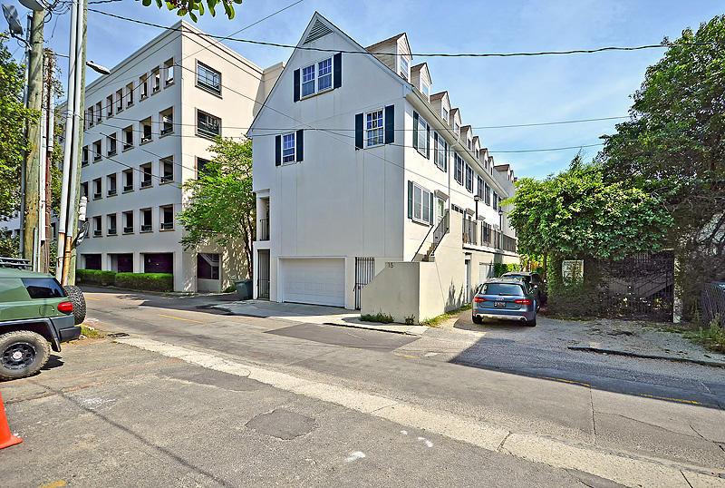 15 Horlbeck Alley Charleston, SC 29401