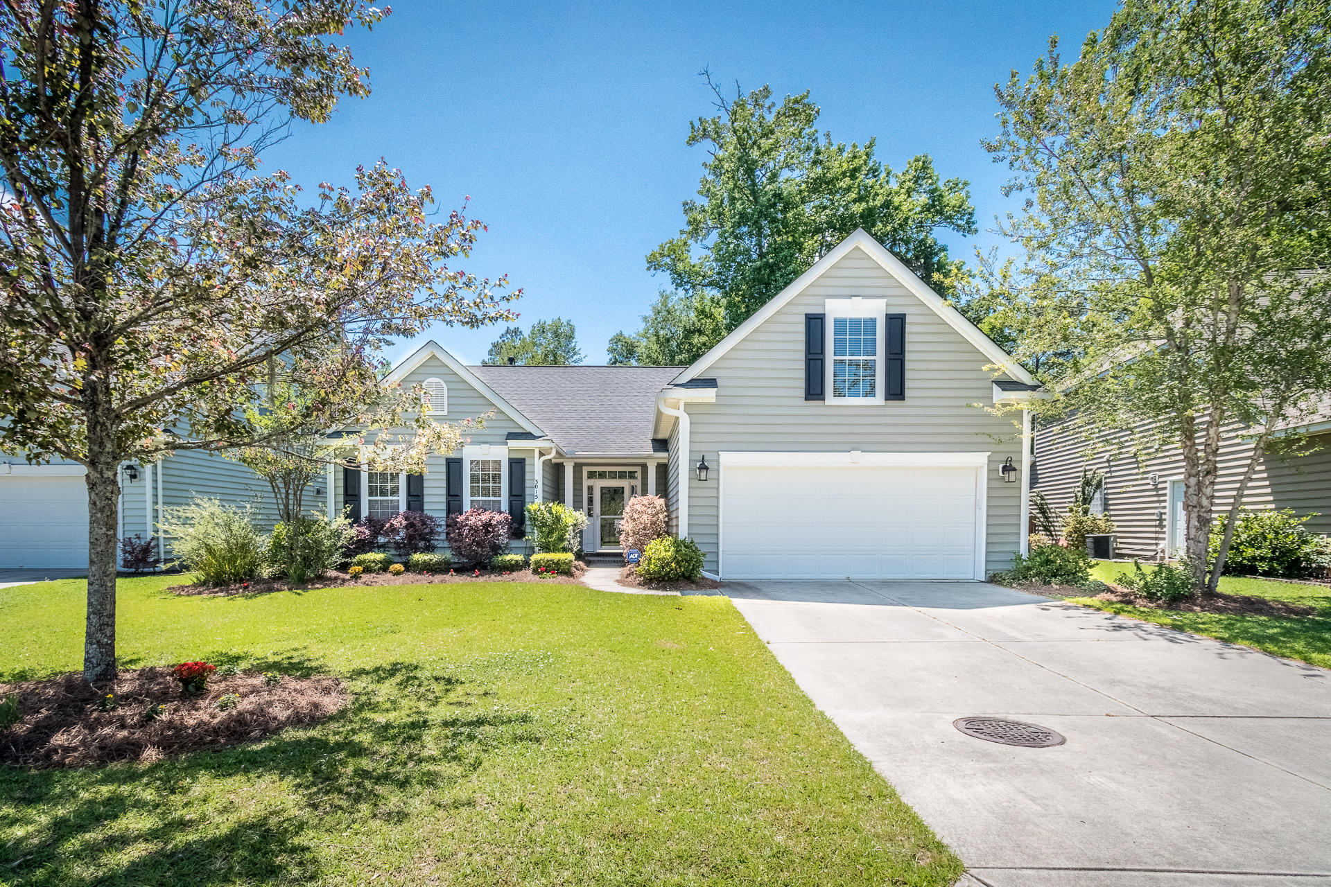 3015 Saintsbury Cove Drive Charleston, SC 29414