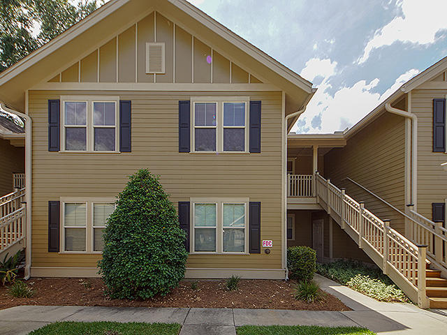 5523 Colonial Chatsworth Circle North Charleston, SC 29418