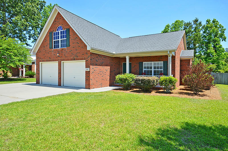100 Tunstall Dr Goose Creek, SC 29445