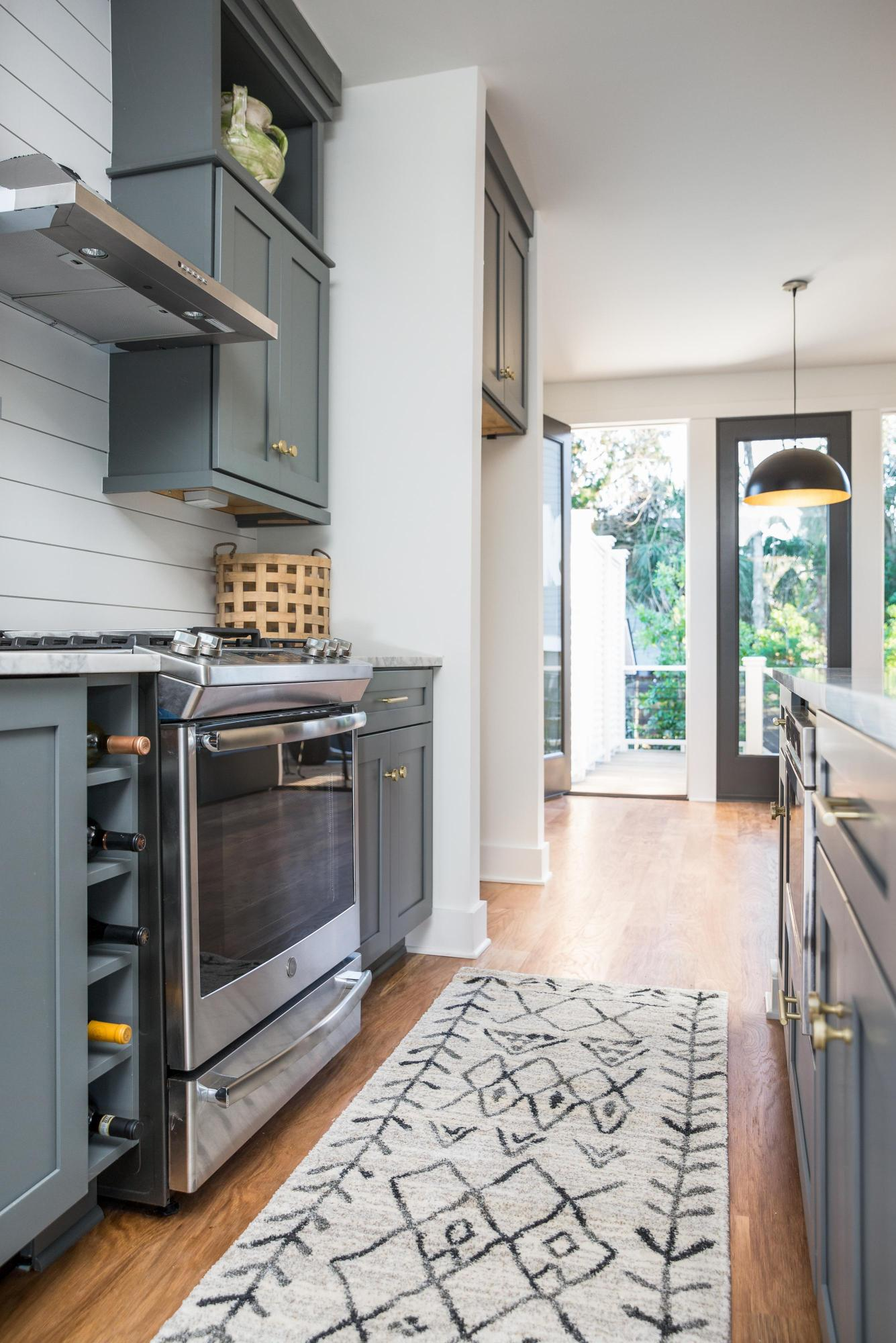 North Central Homes For Sale - 371 Huger, Charleston, SC - 11