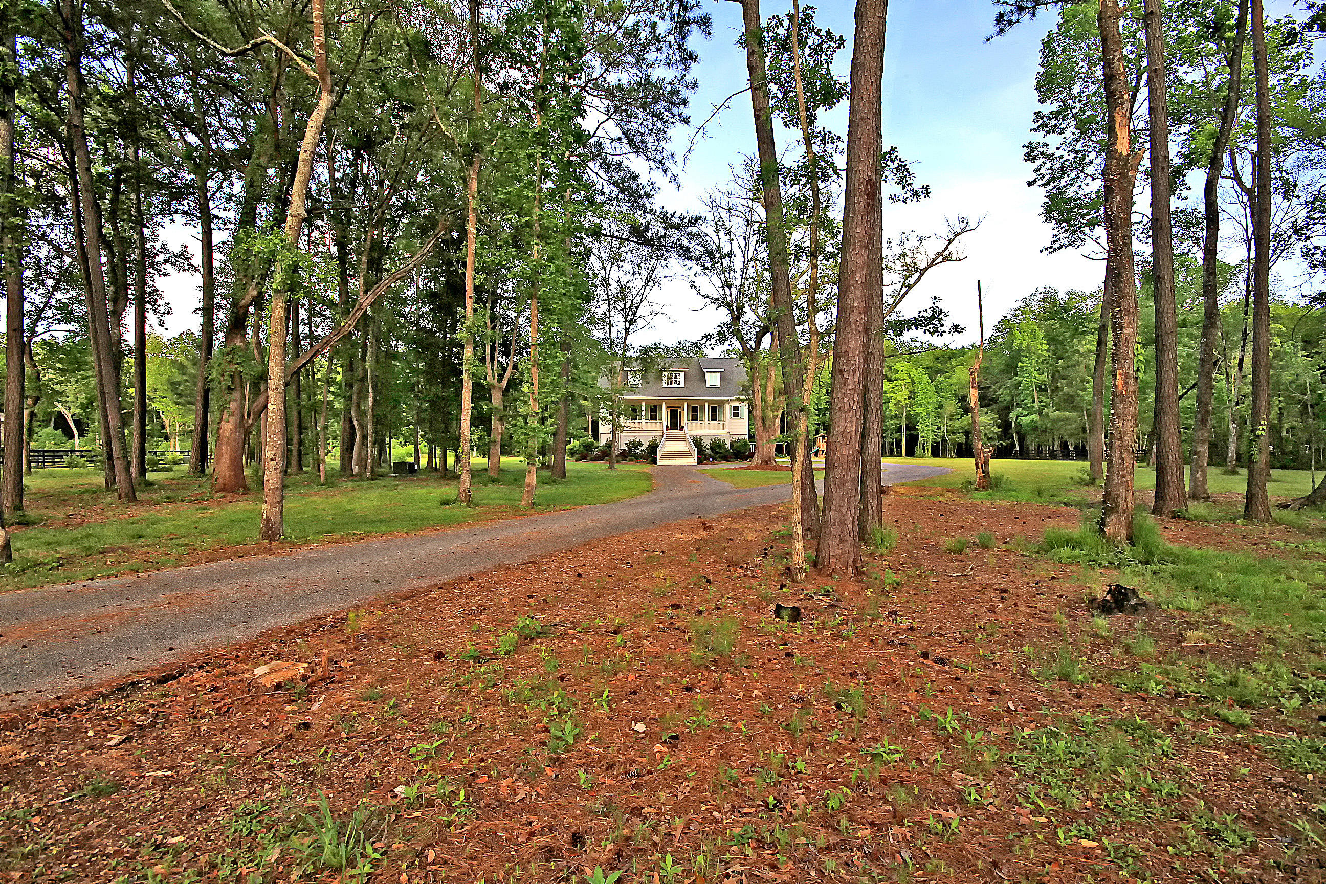1472 Old Rosebud Trail Mount Pleasant, SC 29429