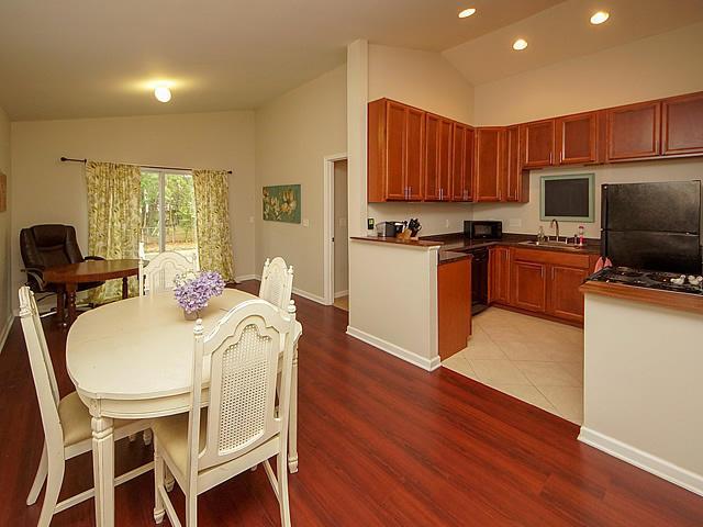 Willow Walk Homes For Sale - 1020 Oakcrest, Charleston, SC - 11