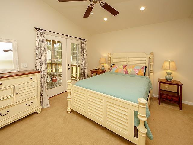 Willow Walk Homes For Sale - 1020 Oakcrest, Charleston, SC - 4