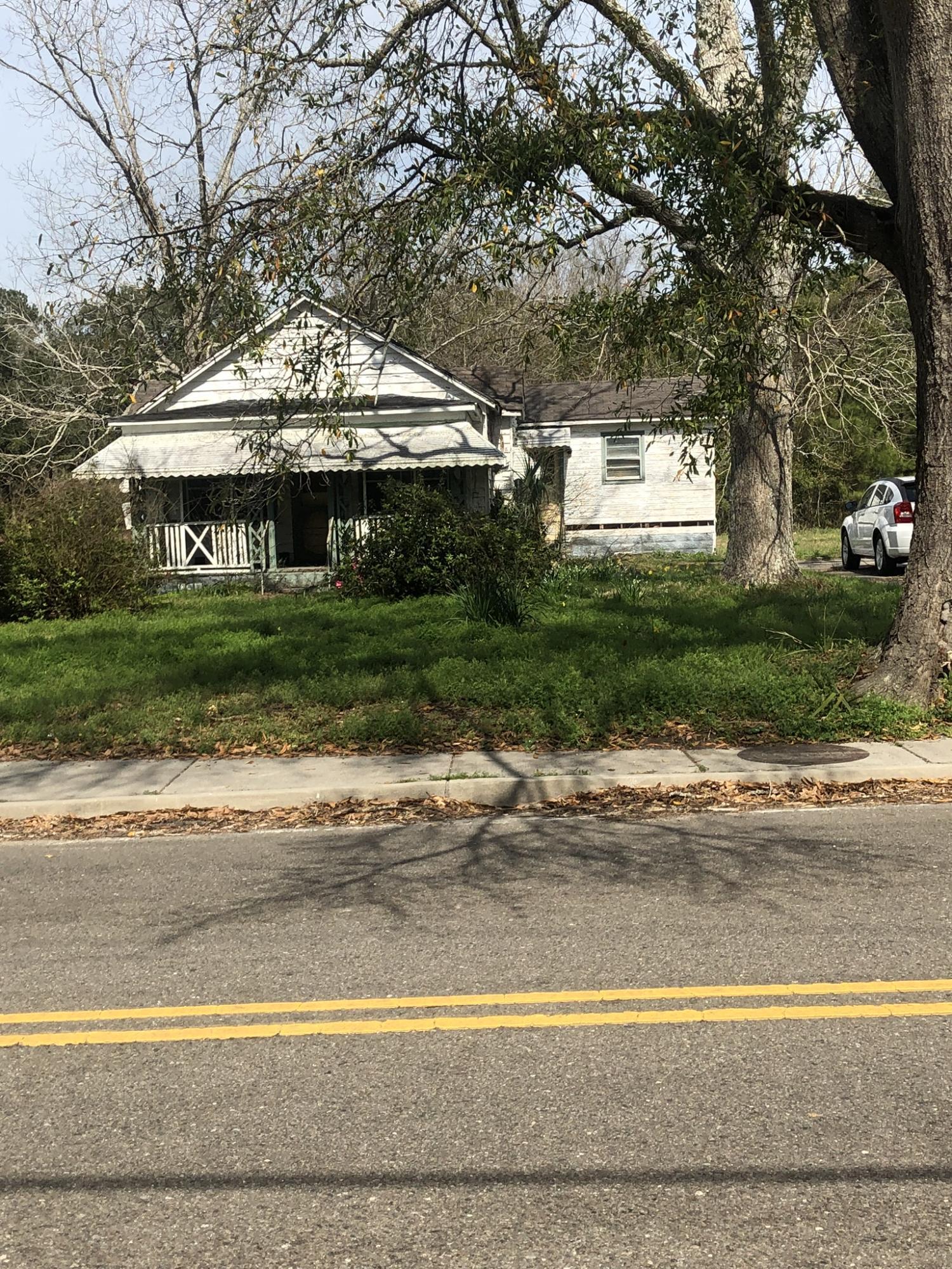 1826 S Grimball Road Charleston, SC 29412