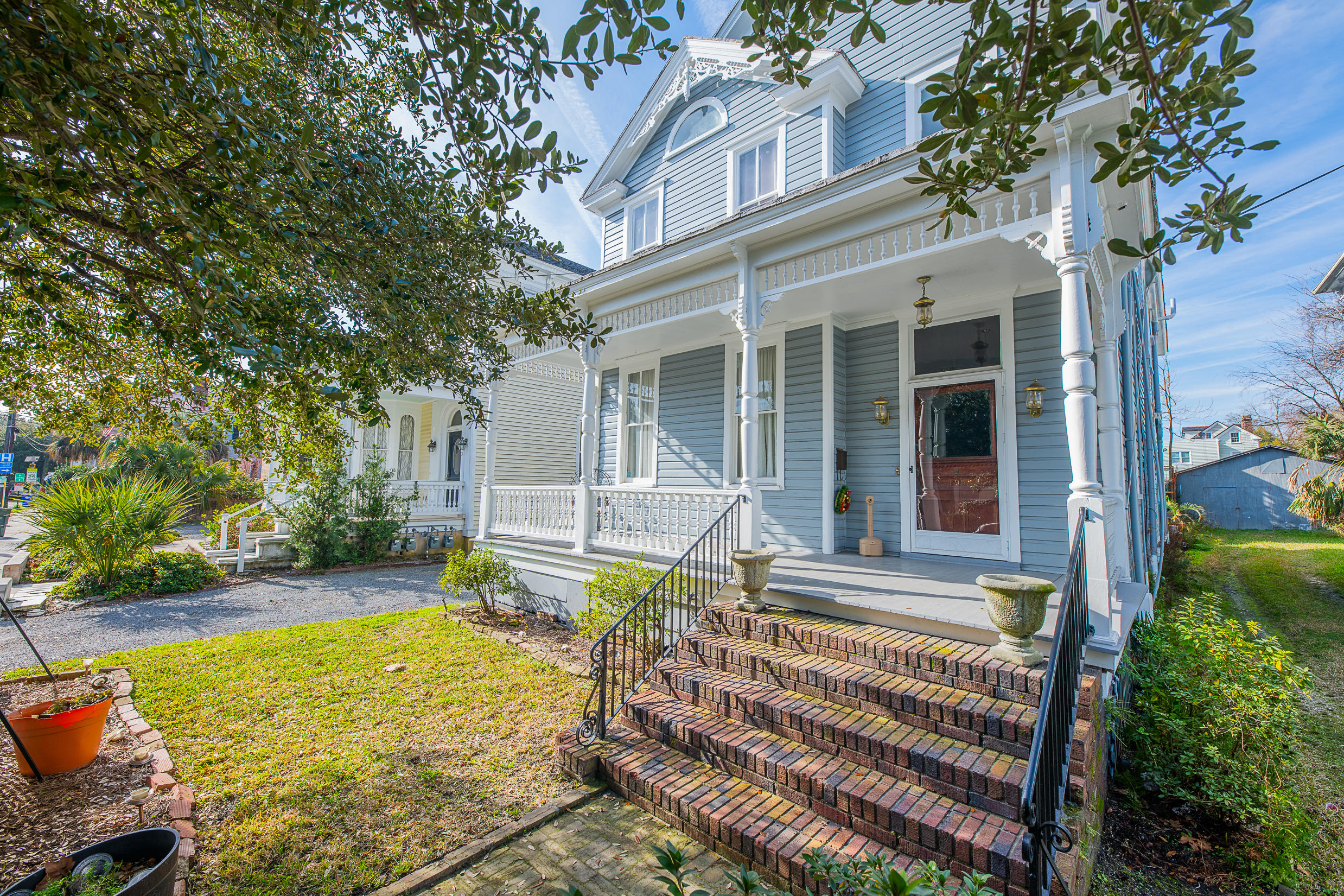 195 Rutledge Avenue Charleston, SC 29403