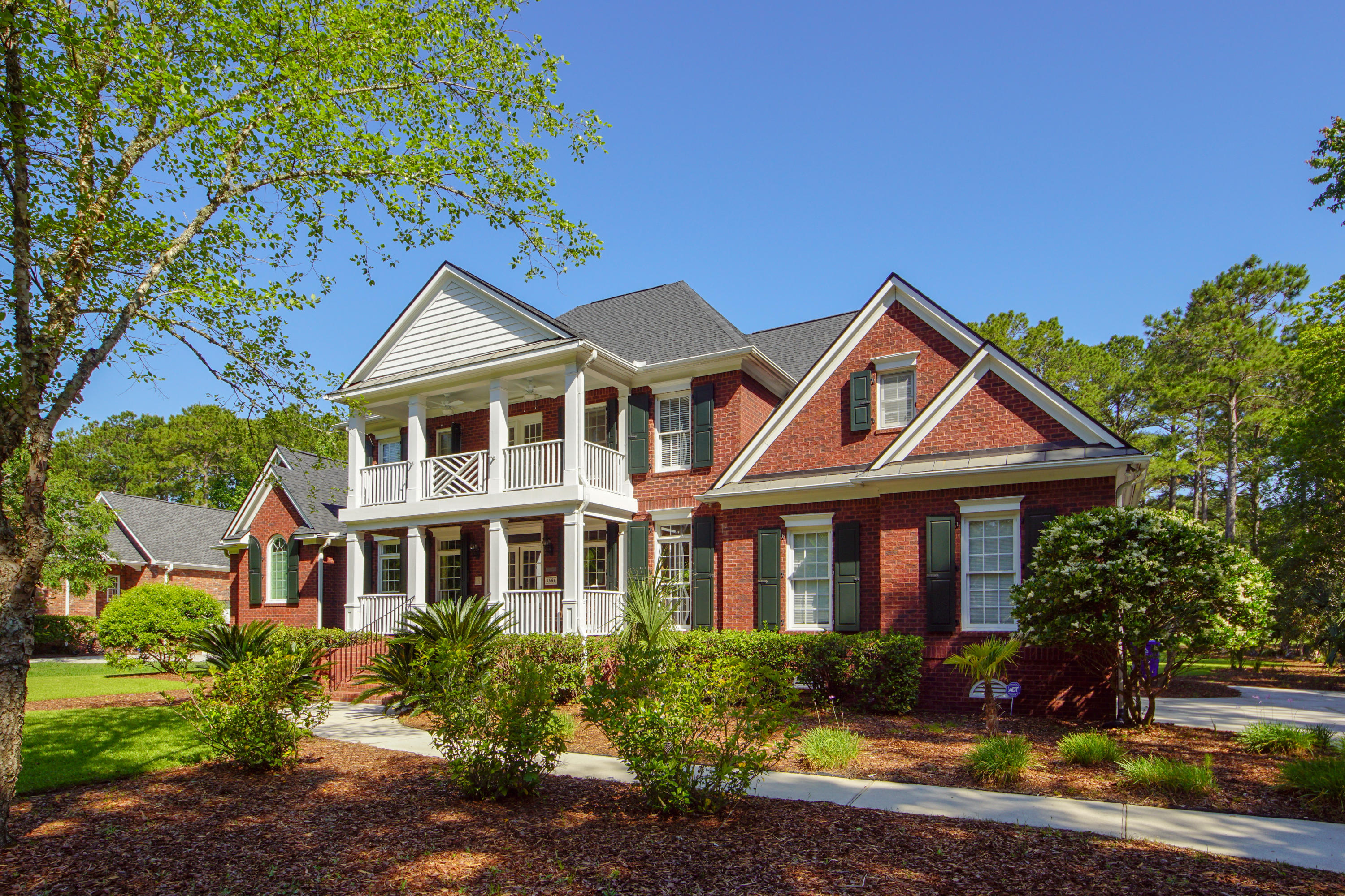 3656 Colonel Vanderhorst Circle Mount Pleasant, SC 29466